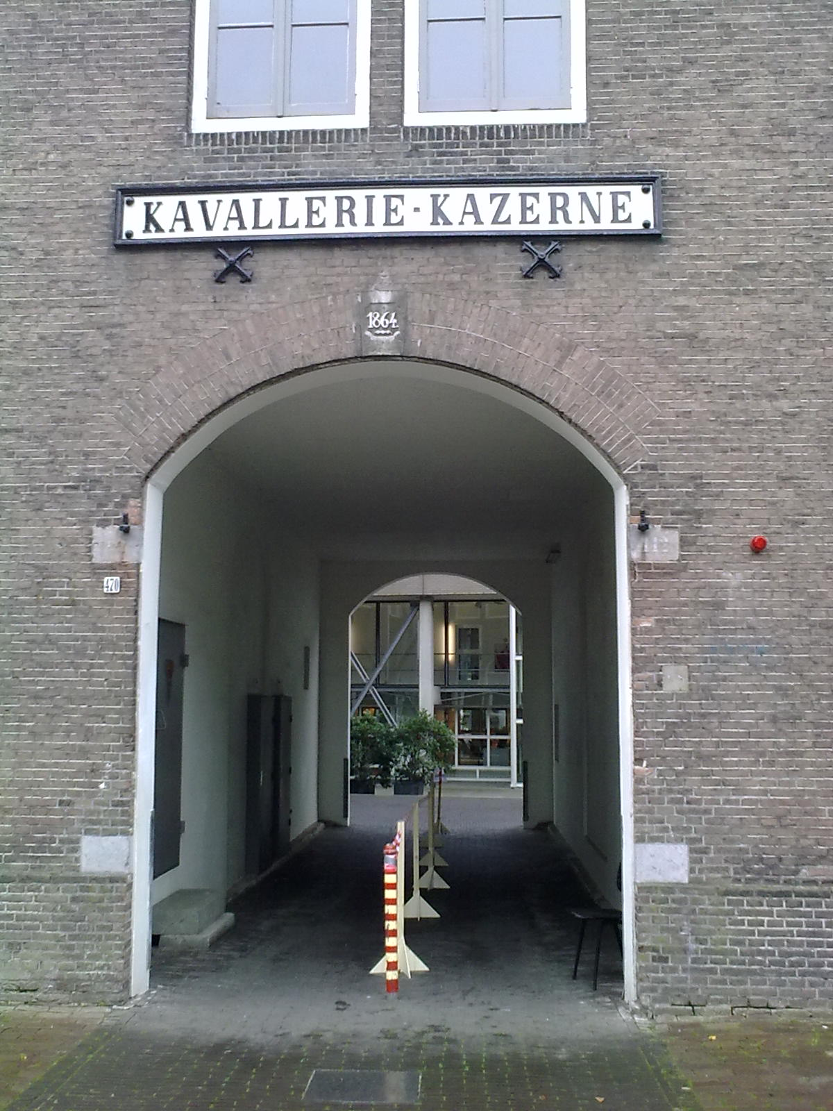 File cavaleriekazerne amsterdam wikimedia commons for Amsterdam poort