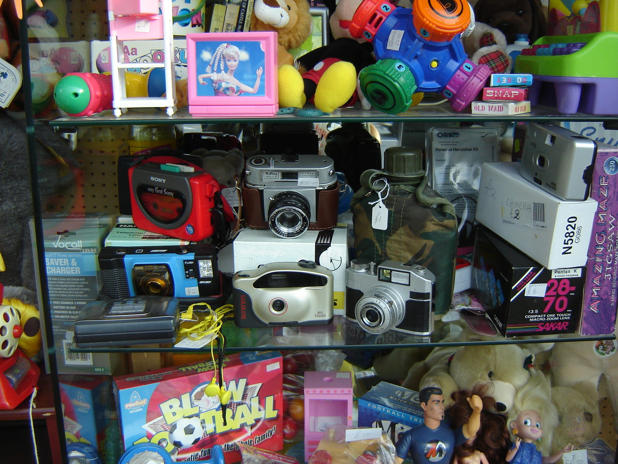 Charity-shop-Epping-029.JPG