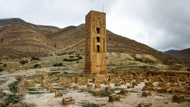أجمل القلاع في تونس والجزائر