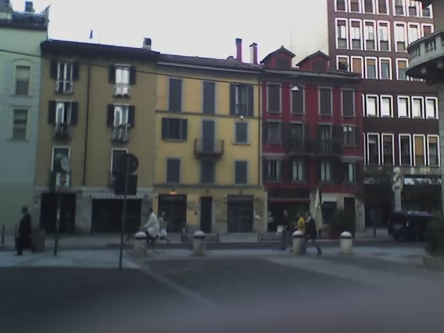 File corso garibaldi milano jpg wikimedia commons for Corso stilista milano