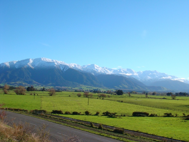 Countryside Kaikoura, New Zealand.JPG