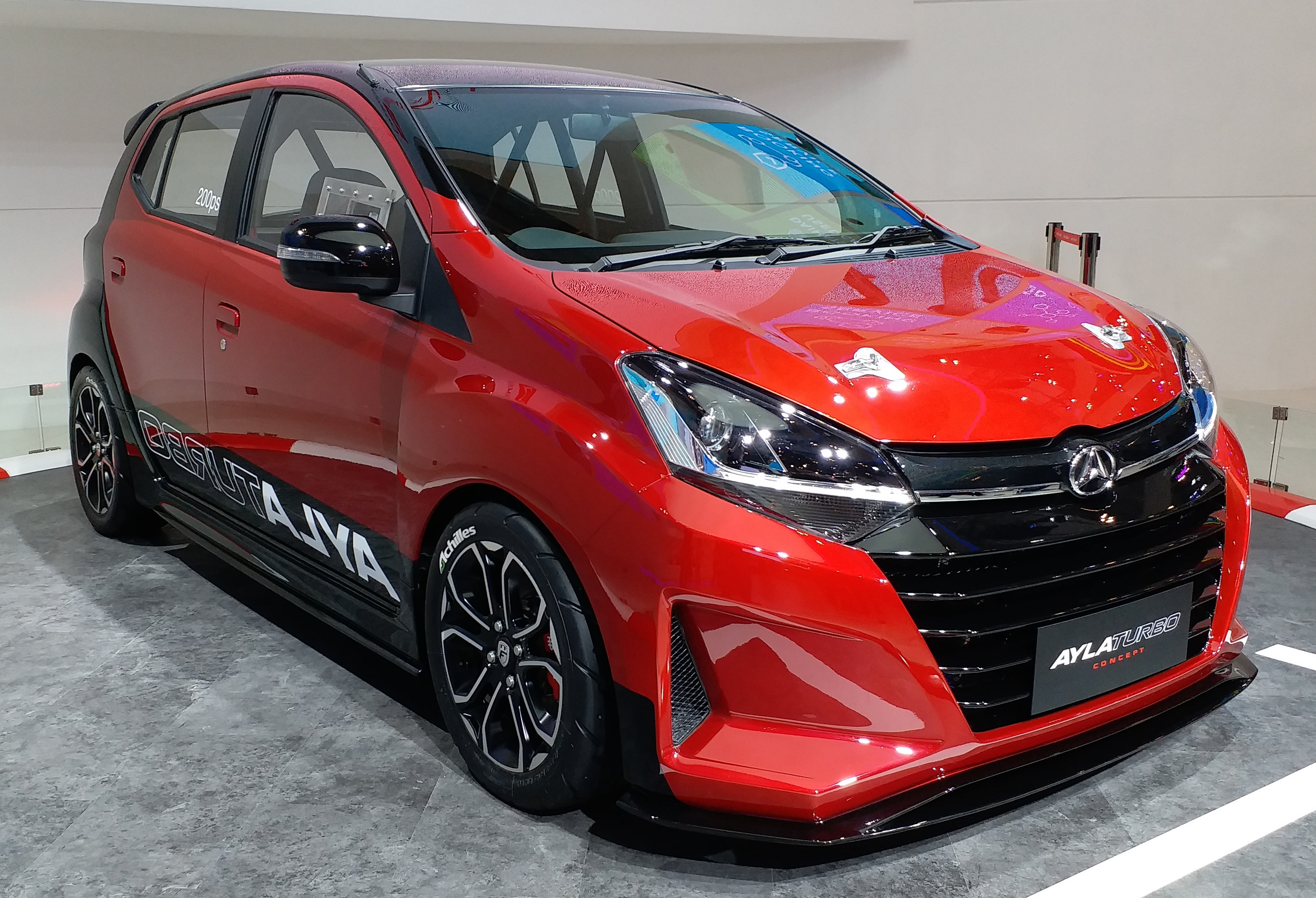 File:Daihatsu Ayla Turbo Concept - Gaikindo Indonesia International