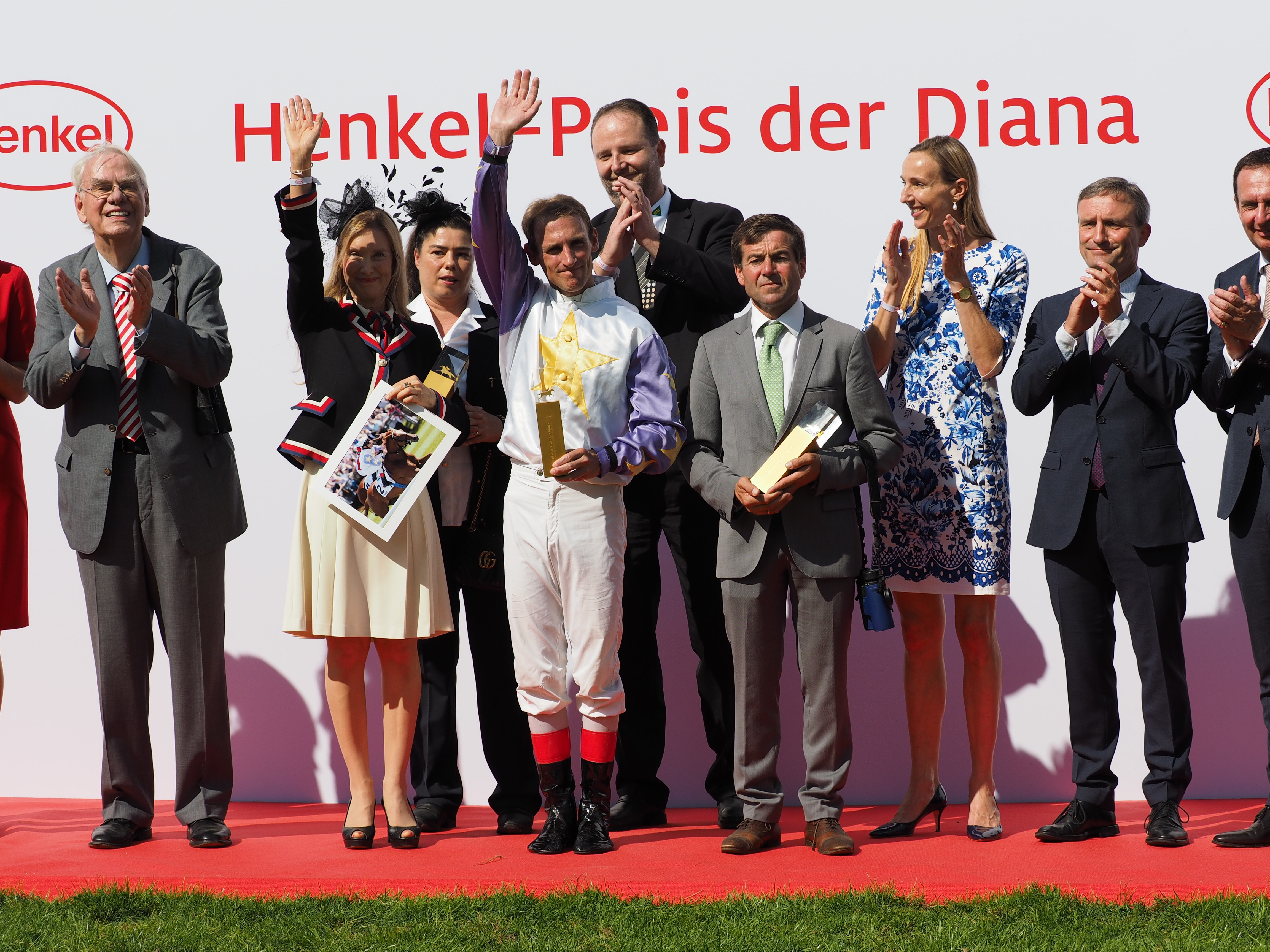 File:Diana17Siegerehrung3 jpg - Wikimedia Commons