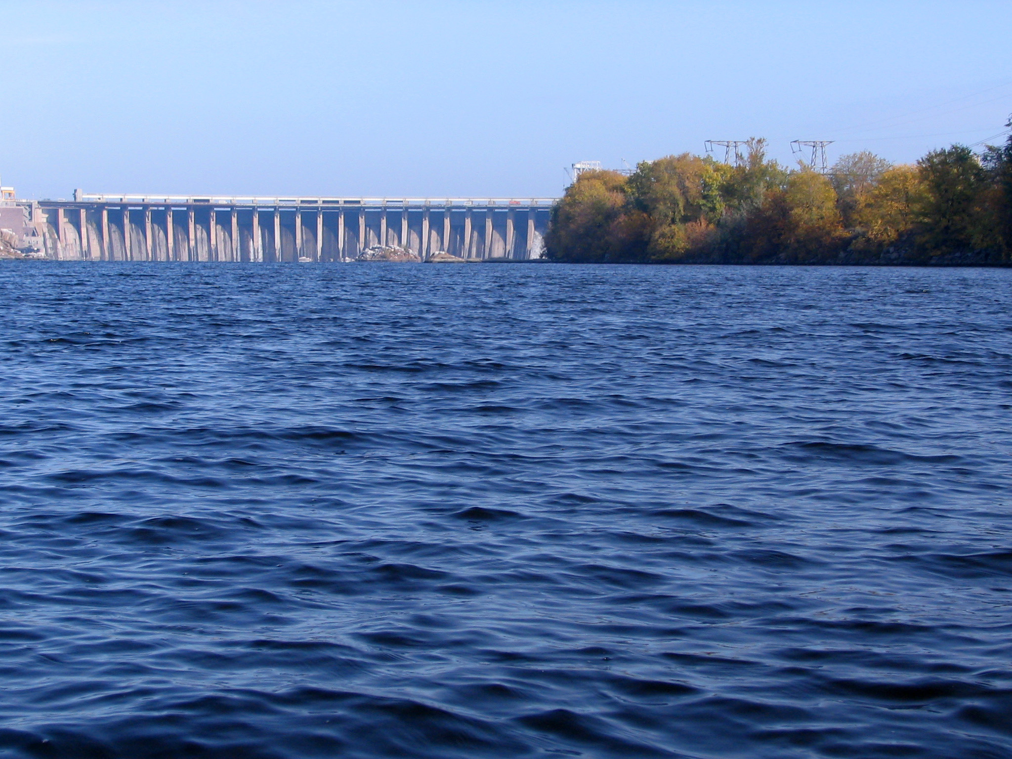 Description Dnieper River in Zaporizhia 1035.jpg
