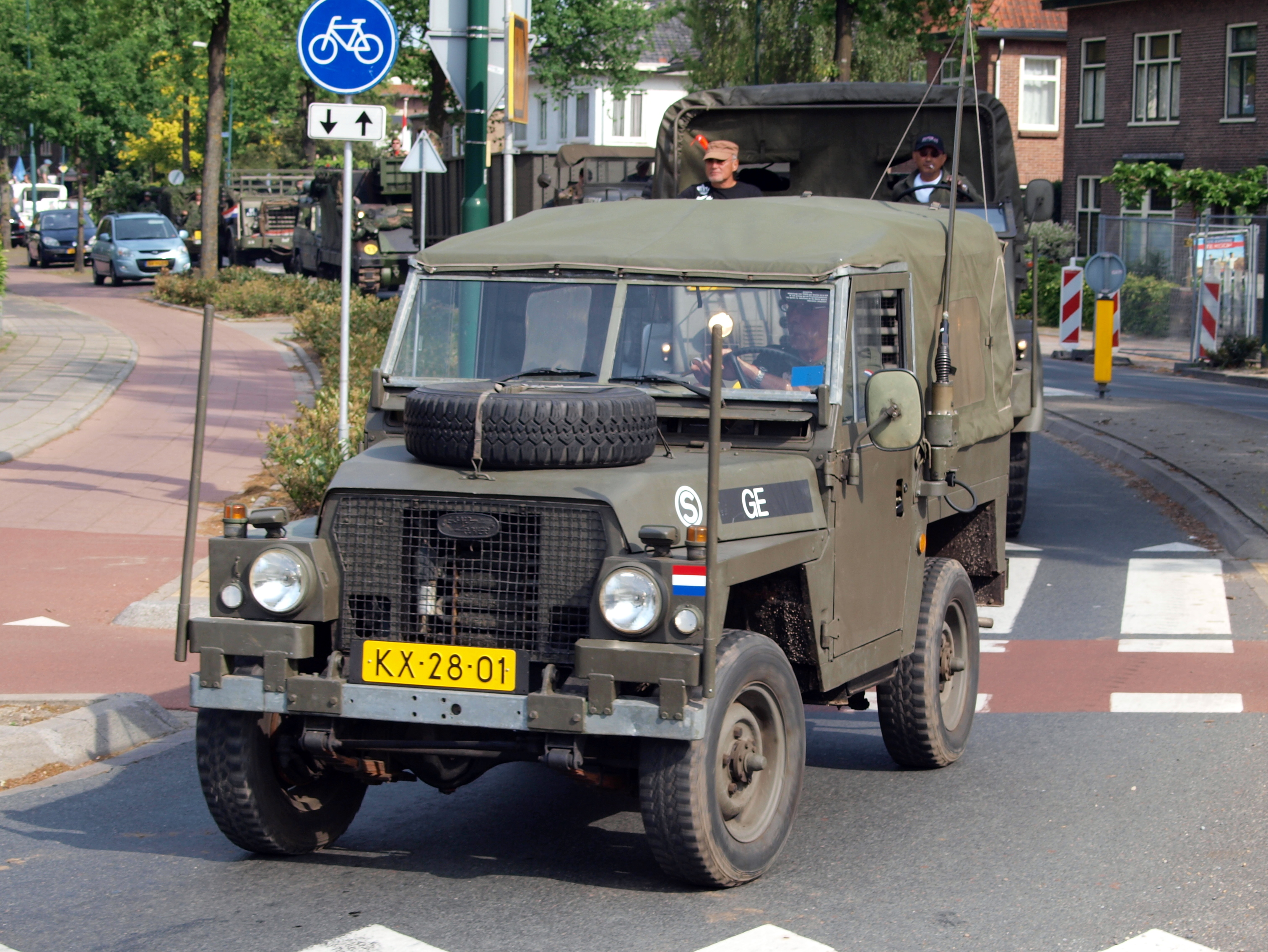 file dutch army land rover bridgehead 2011 pic2 jpg. Black Bedroom Furniture Sets. Home Design Ideas