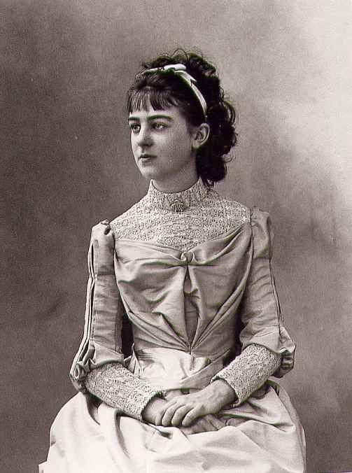 Élisabeth de Gramont in 1889