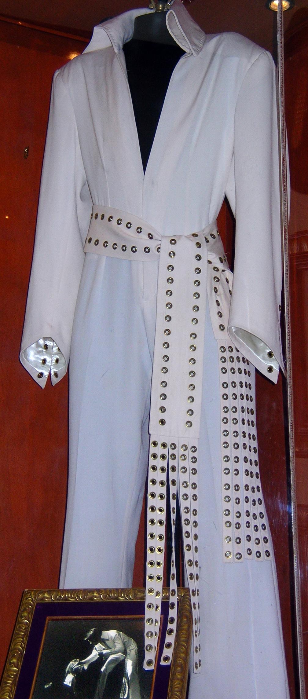 Elvis Presley s 1970 white jumpsuit Hard Rock Cafe Hollywood JPG