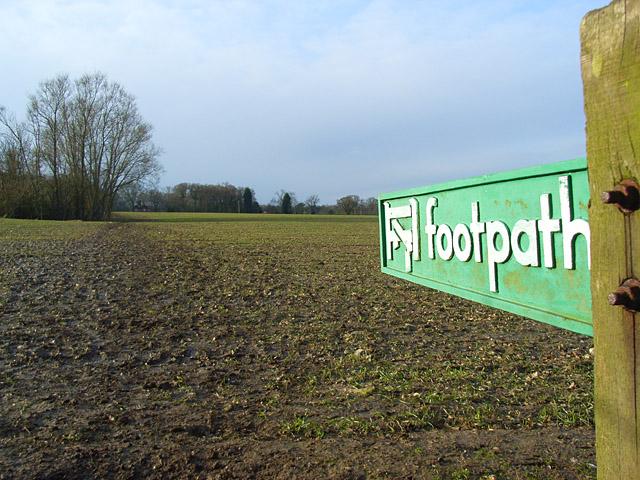 File:Farmland, Dunsden - geograph.org.uk - 746393.jpg