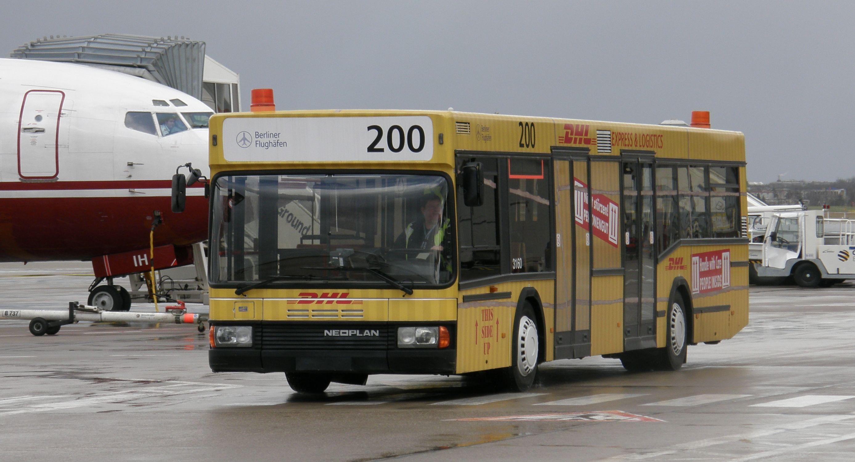 bus transport in berlin. Black Bedroom Furniture Sets. Home Design Ideas
