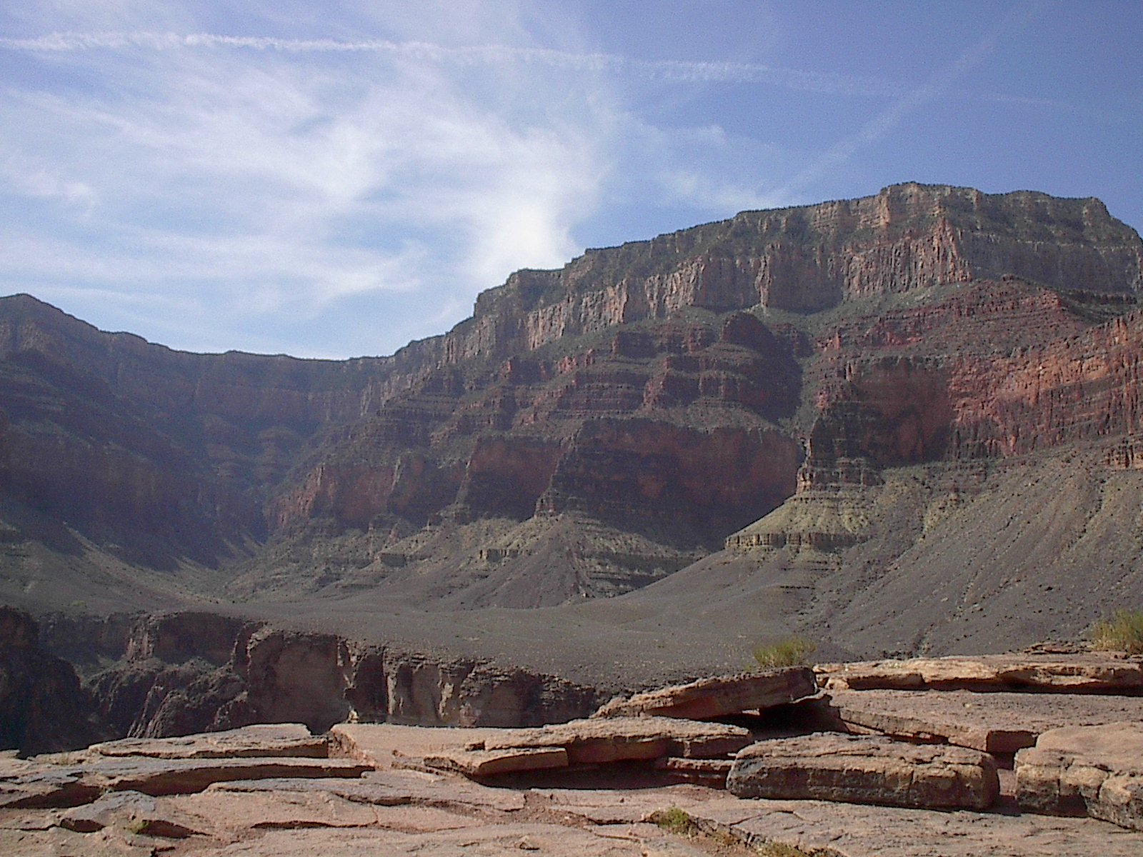 http://upload.wikimedia.org/wikipedia/commons/d/da/Grand_Canyon_Plateau_Point.JPG