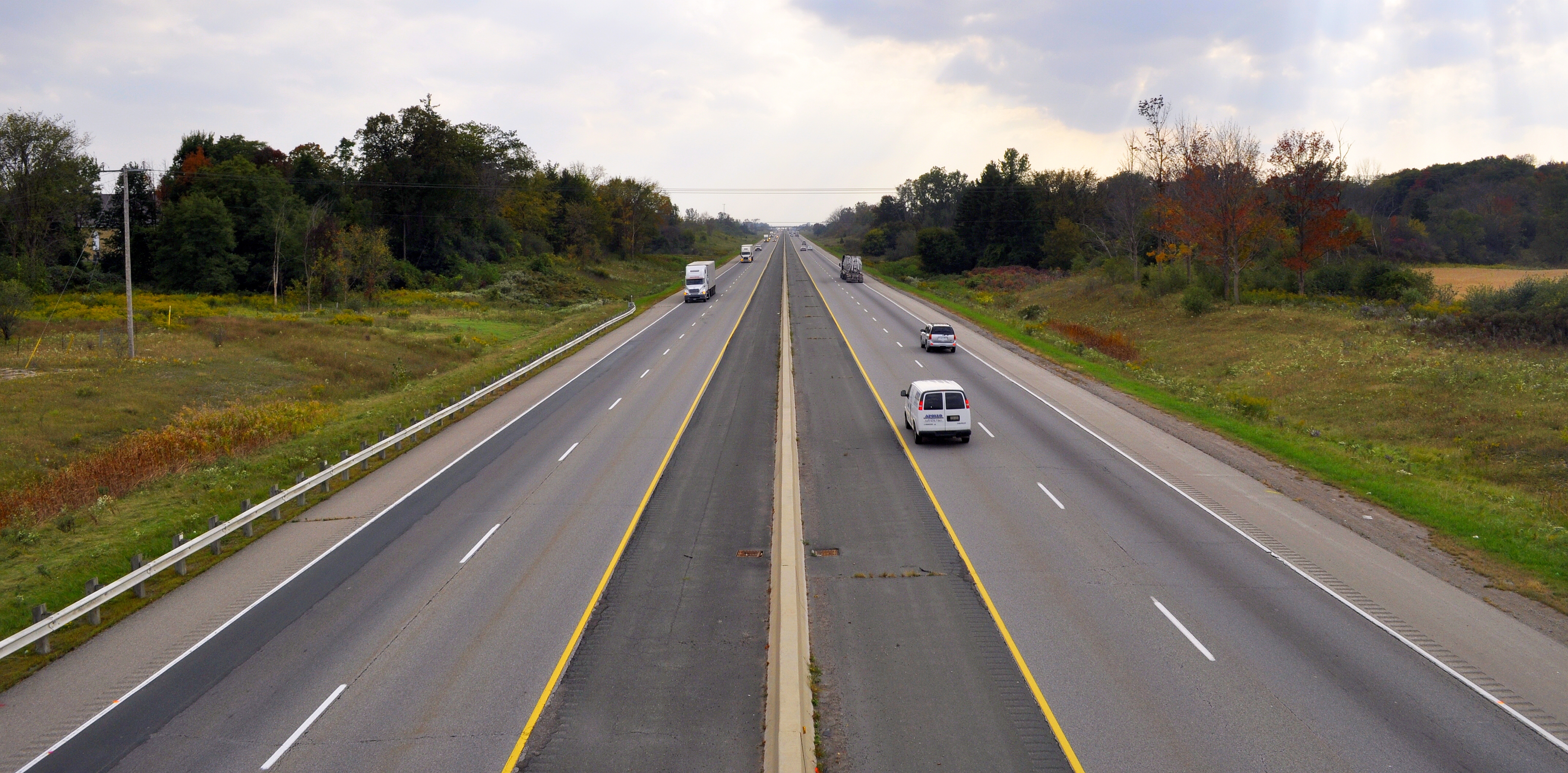 median strip on motorways Benefits of meridian safety safety on motorways is the public's most important priority increasing safety on motorways is a combination of activities that manage.