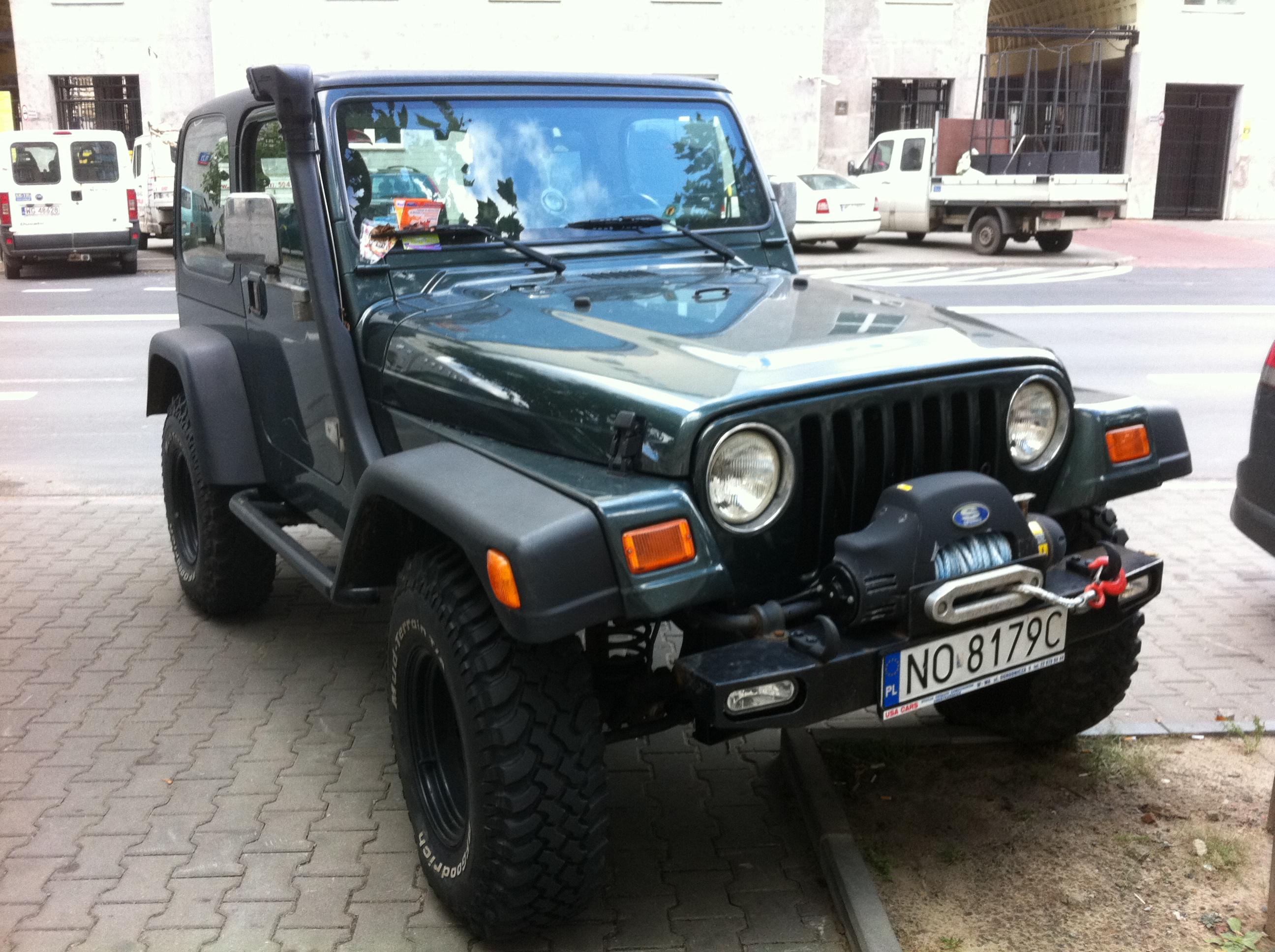 File Jeep Wrangler Tj Green Customized In Warsaw Jpg