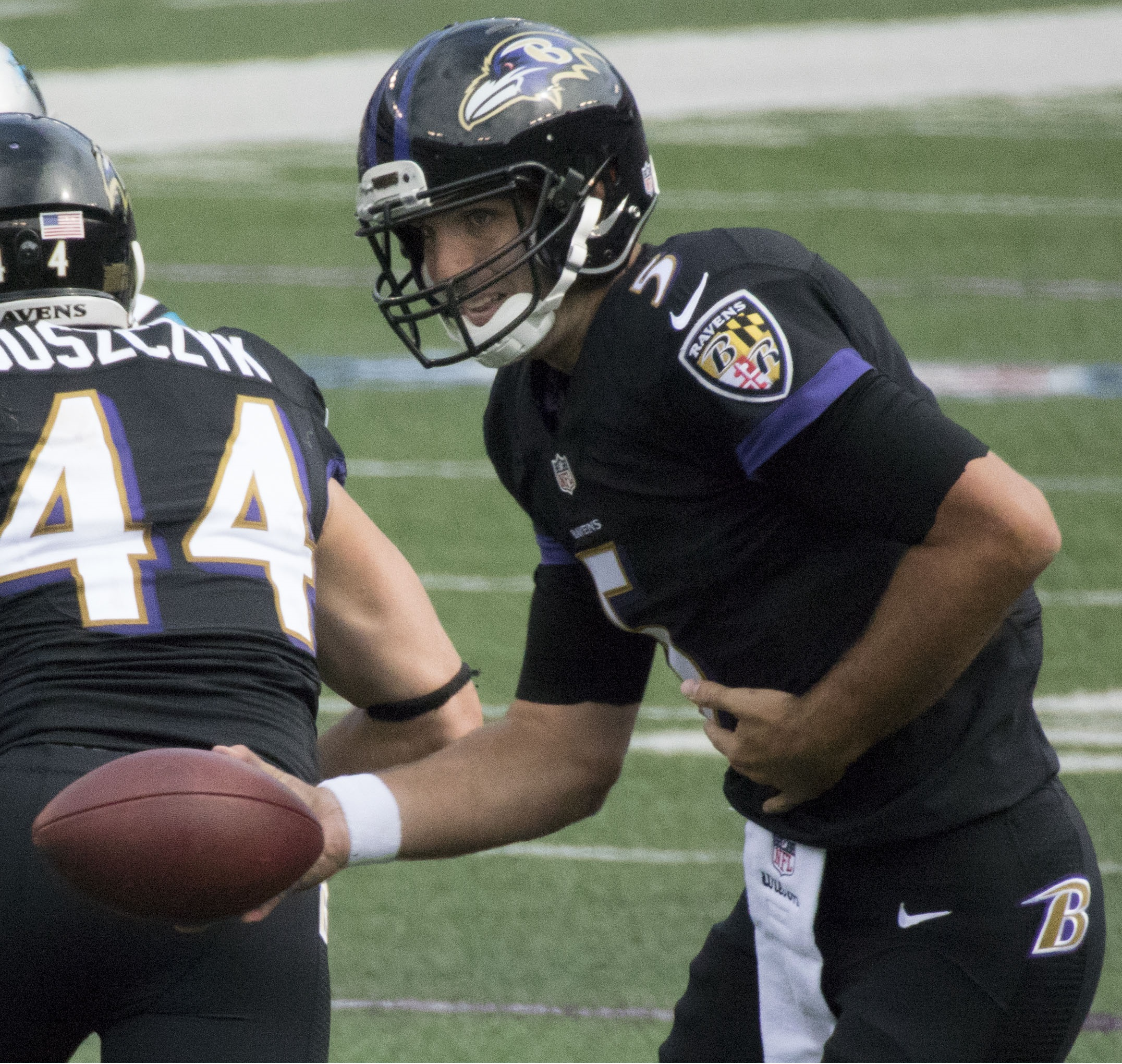 The 33-year old son of father (?) and mother(?) Joe Flacco in 2018 photo. Joe Flacco earned a  million dollar salary - leaving the net worth at 35 million in 2018