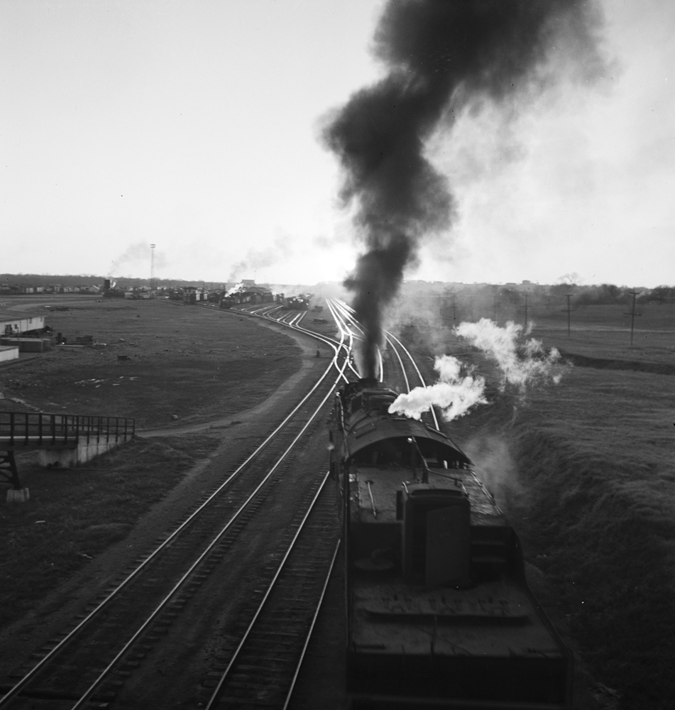 File:Locomotive Entering Lancaster Yard, Texas And Pacific