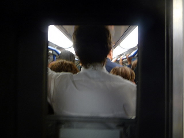File:London, a packed train leaves King's Cross St. Pancras - geograph.org.uk - 1500449.jpg