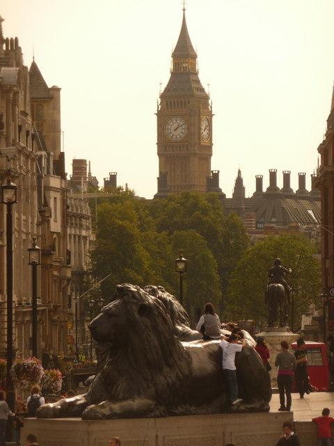 Filelondon One Of Trafalgar Squares Lions And Big Ben