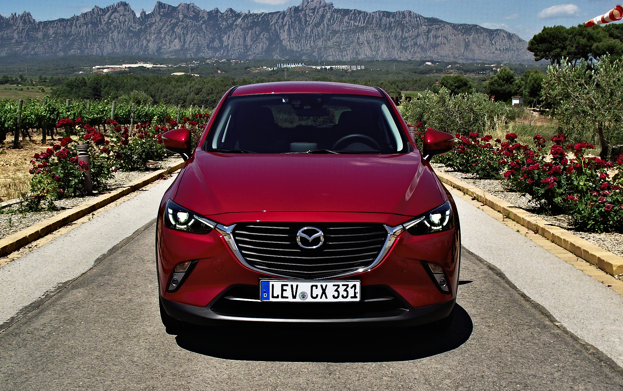 File Mazda CX 3 2 0 SKYACTIV G 150 AWD Exclusive Line Frontalansicht