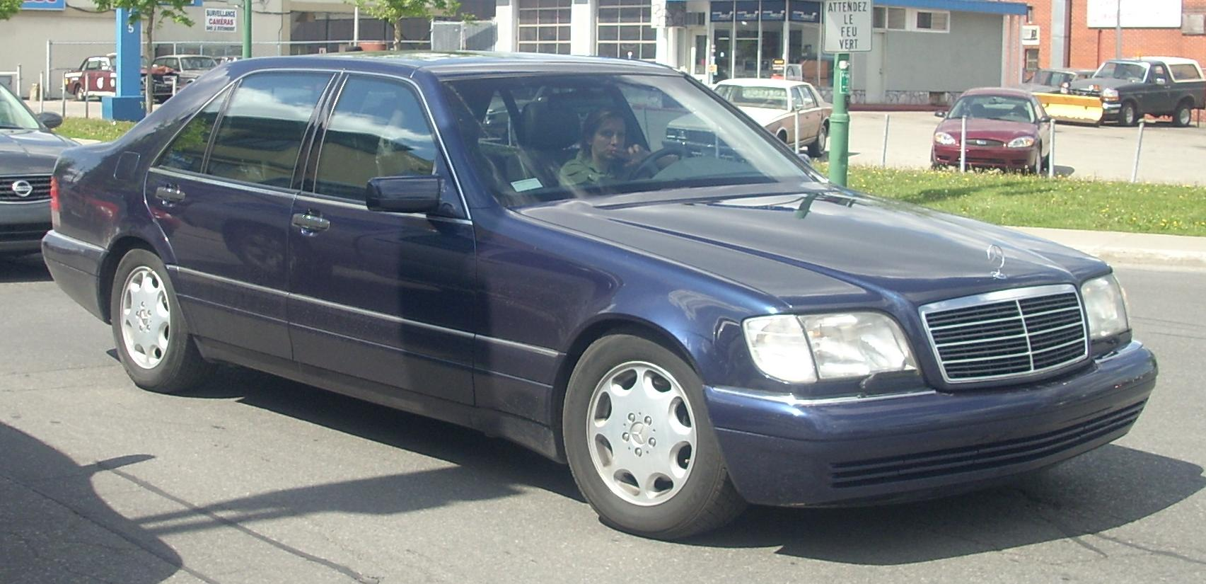 File mercedes benz w140 s class sedan jpg wikipedia for Mercedes benz sedans