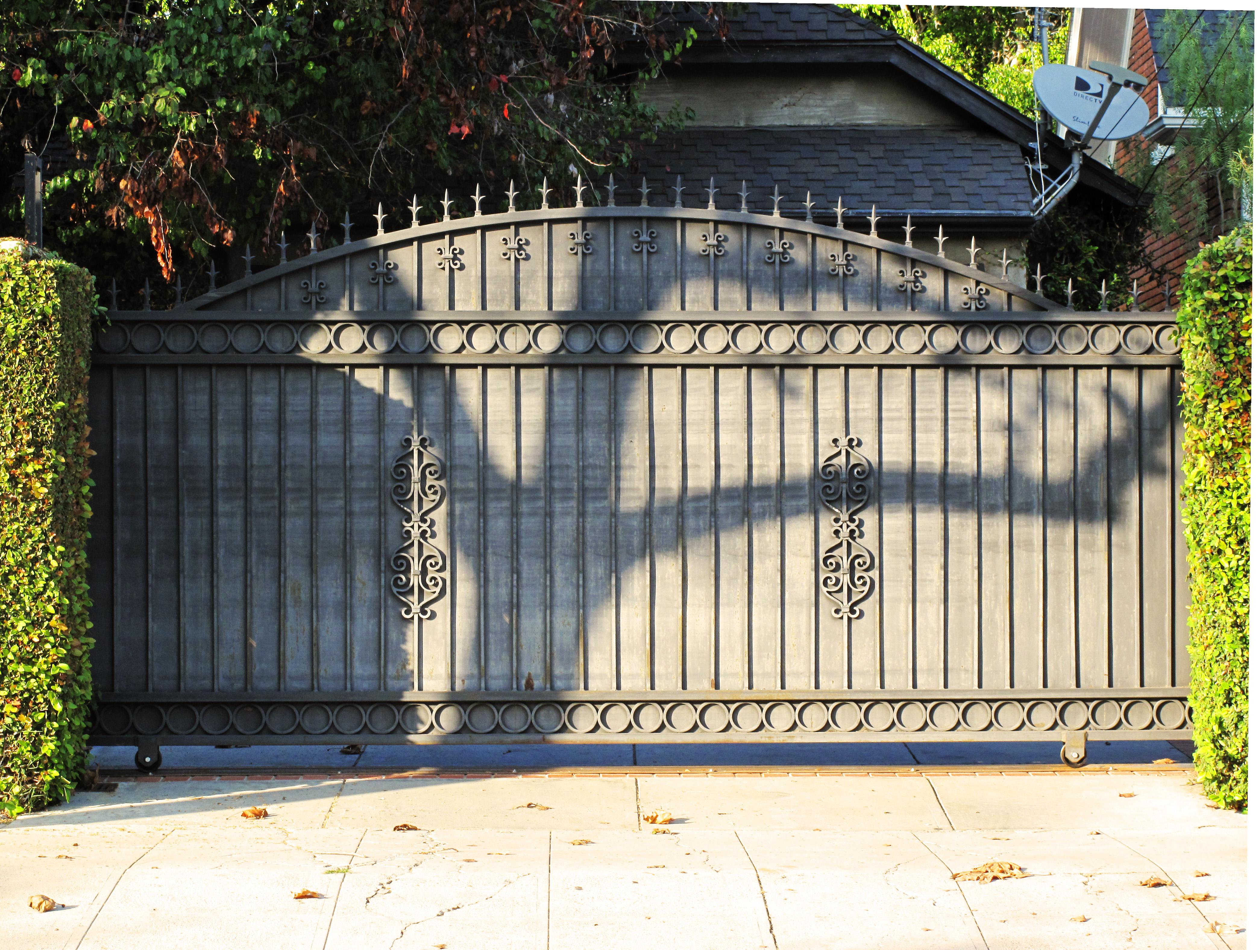Gate opener metal driveway gates
