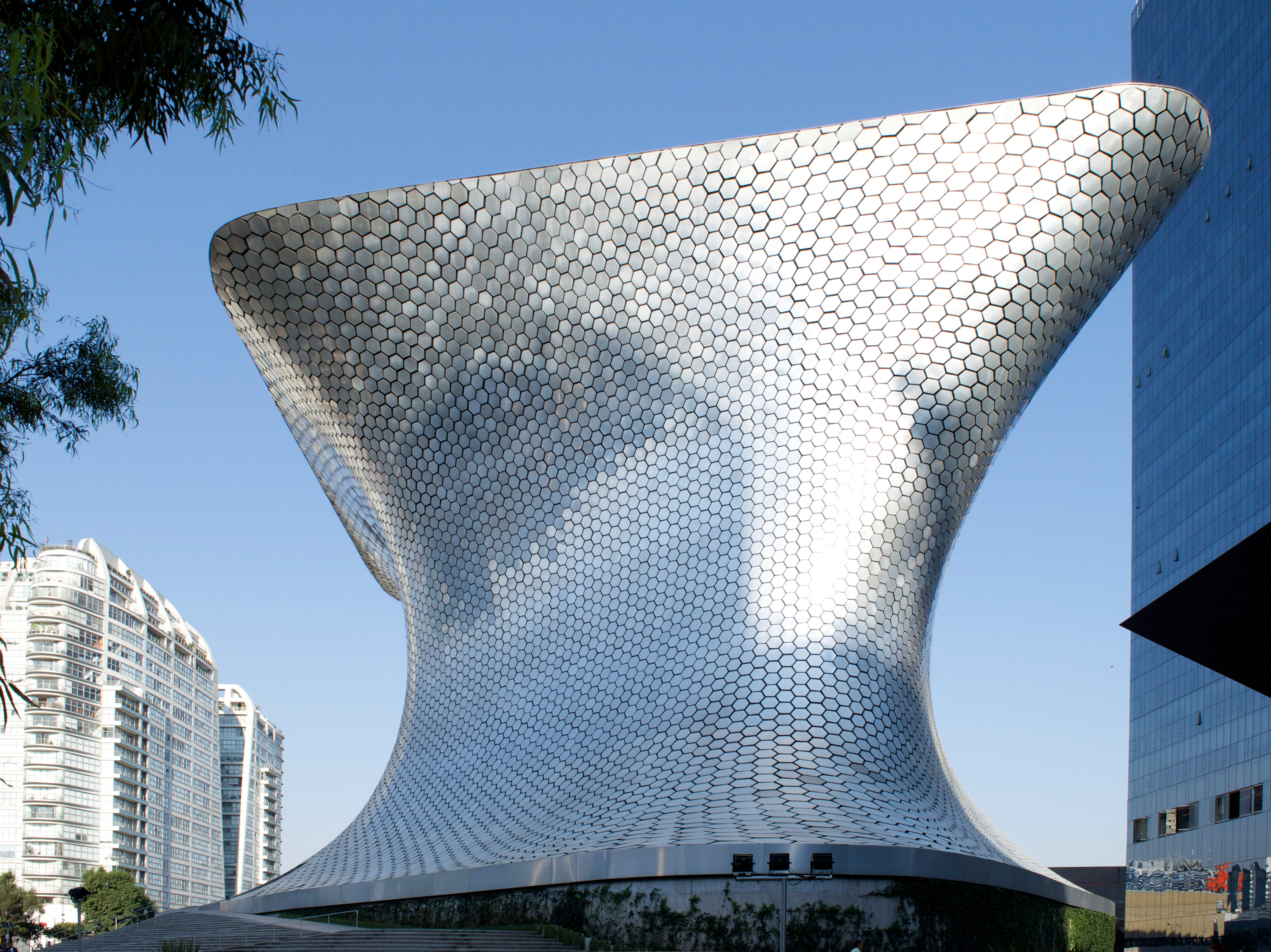 Museo Soumaya Facade Natural Light
