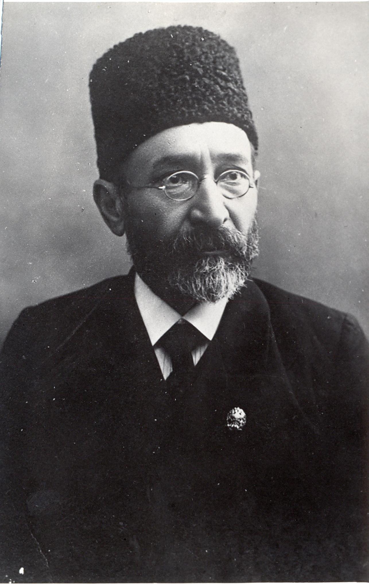 Najaf bey Vazirov