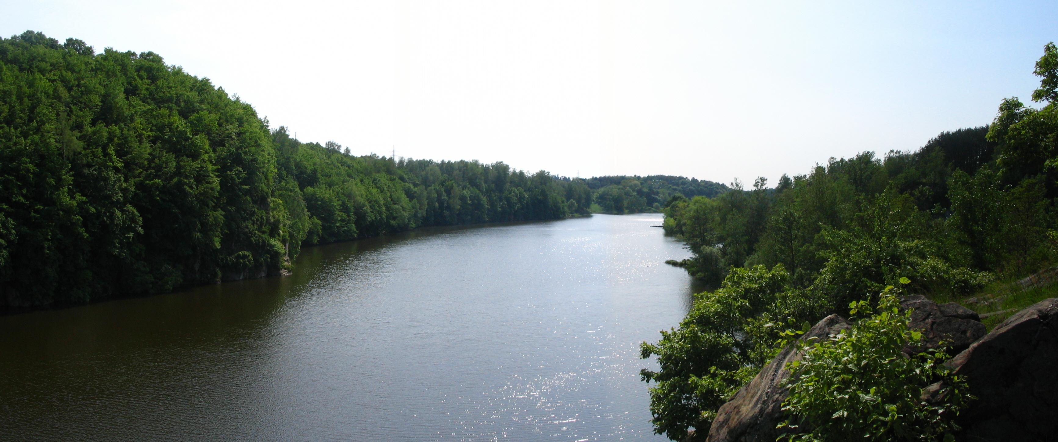 The Teteriv River