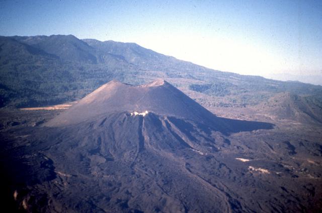 Paricutín volcano.jpg