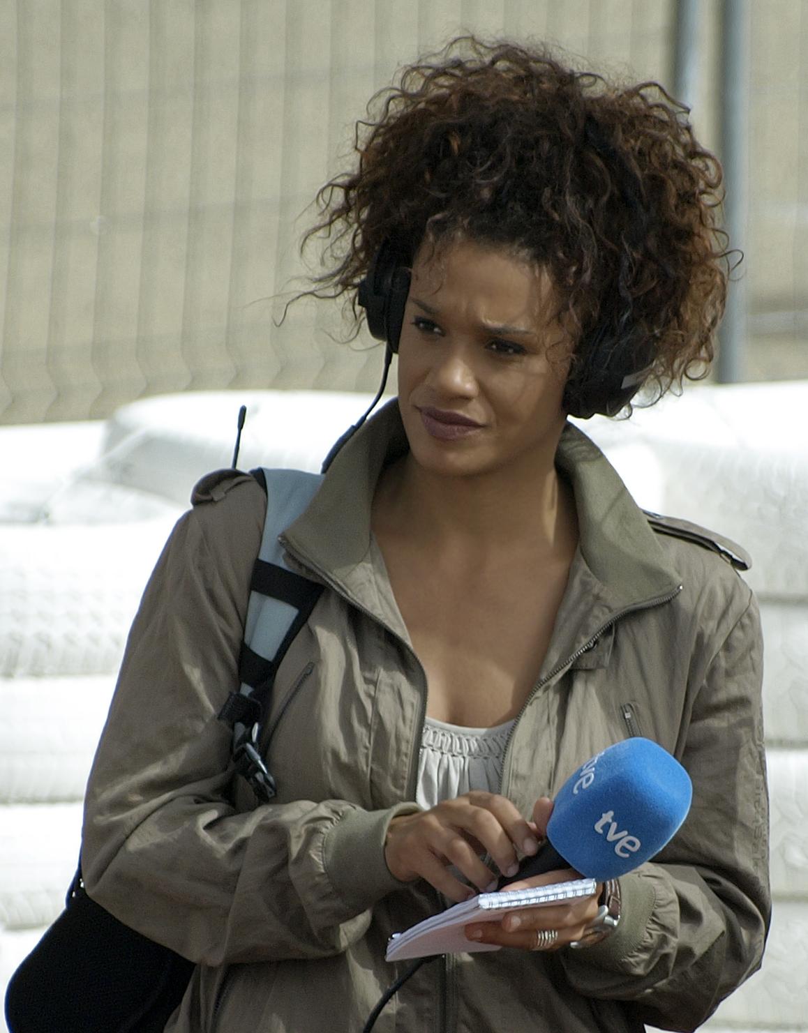 Description Periodista española Desirée Ndjambo.jpg