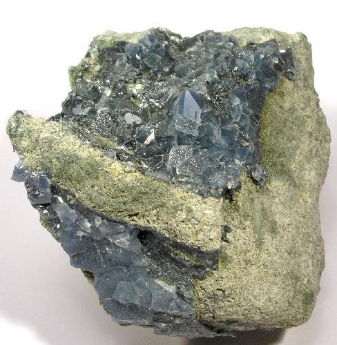 Quartz-Magnesioriebeckite-118652.jpg