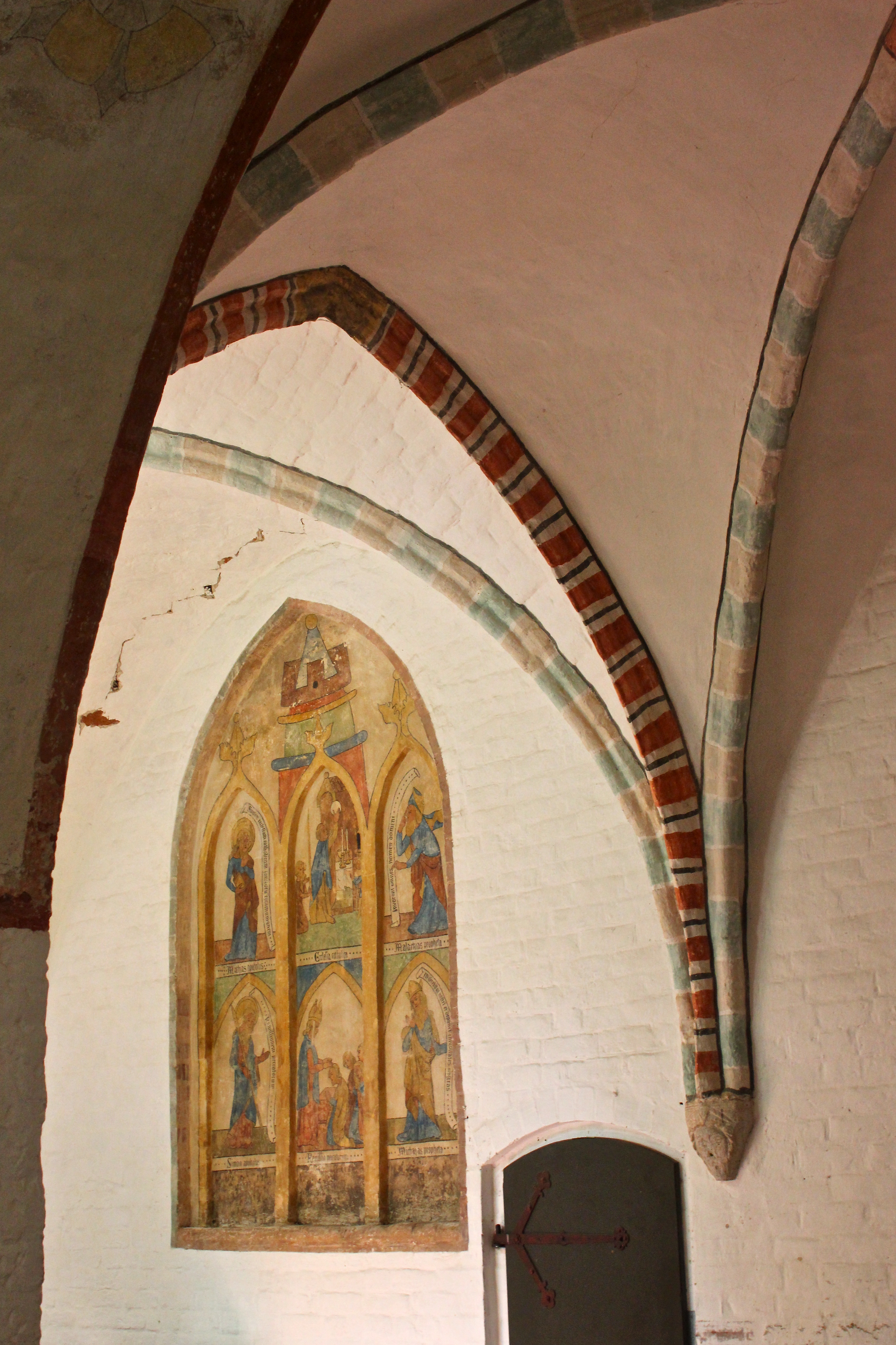 fileratzeburger dom kreuzgang mit wandbemalungjpg - Wandbemalung