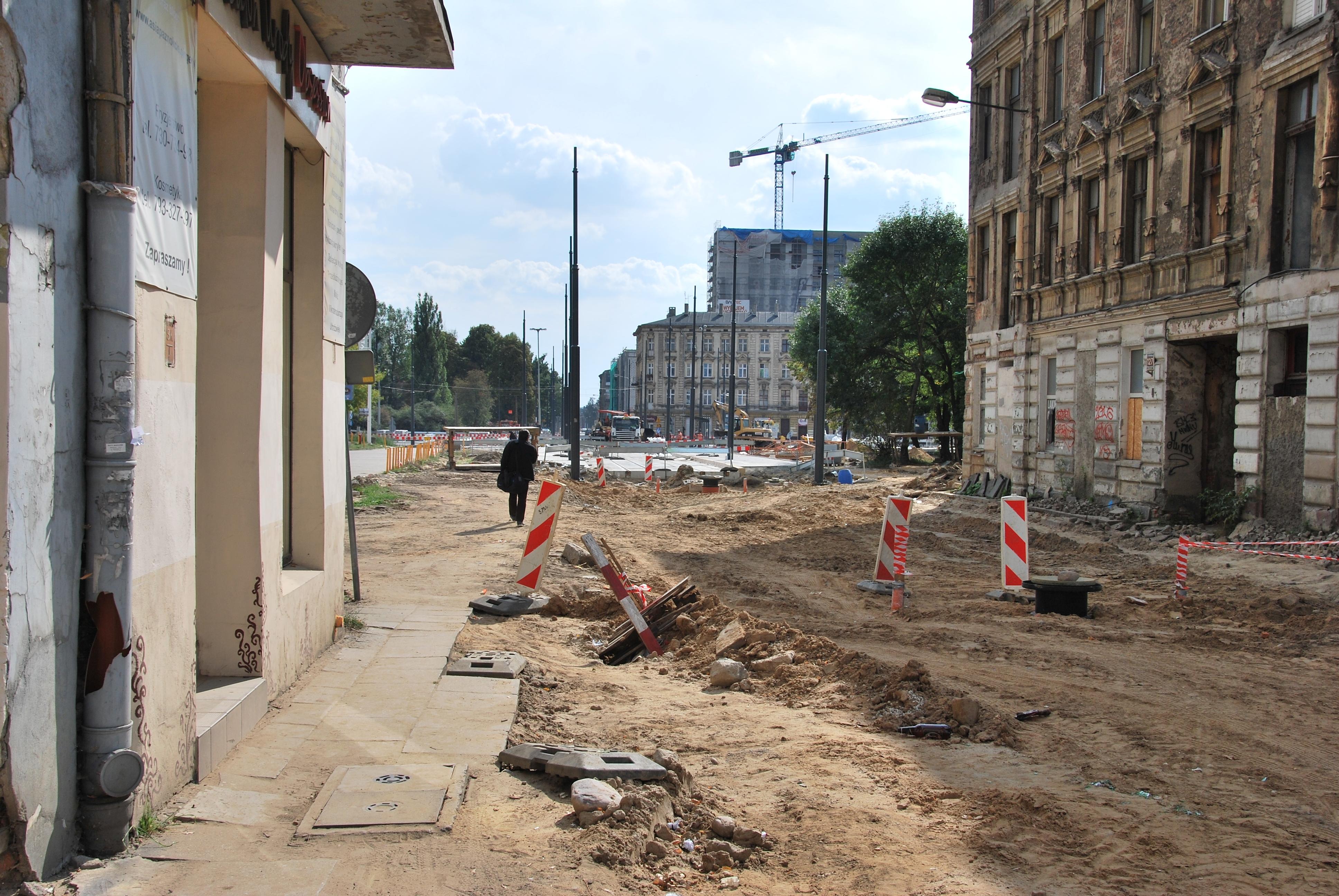 Renovation of Kilińskiego Street in Łódź, September 2015 03.jpg Polski: Remont ul. Kilińskiego, wrzesień 2015 English: Renovation of Kilińskiego