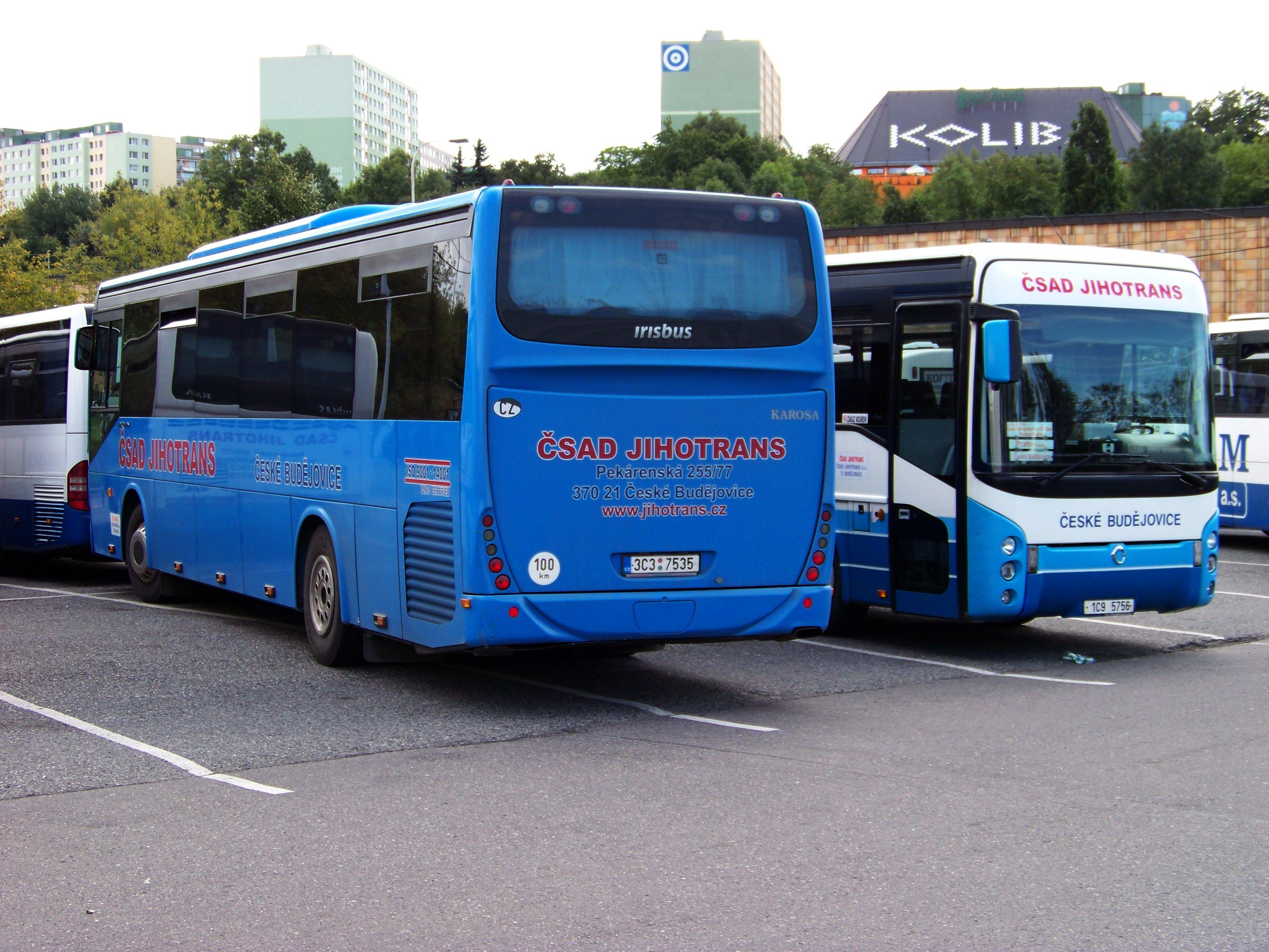 File:Roztyly, autobusy Irisbusy ČSAD Jihotrans jpg