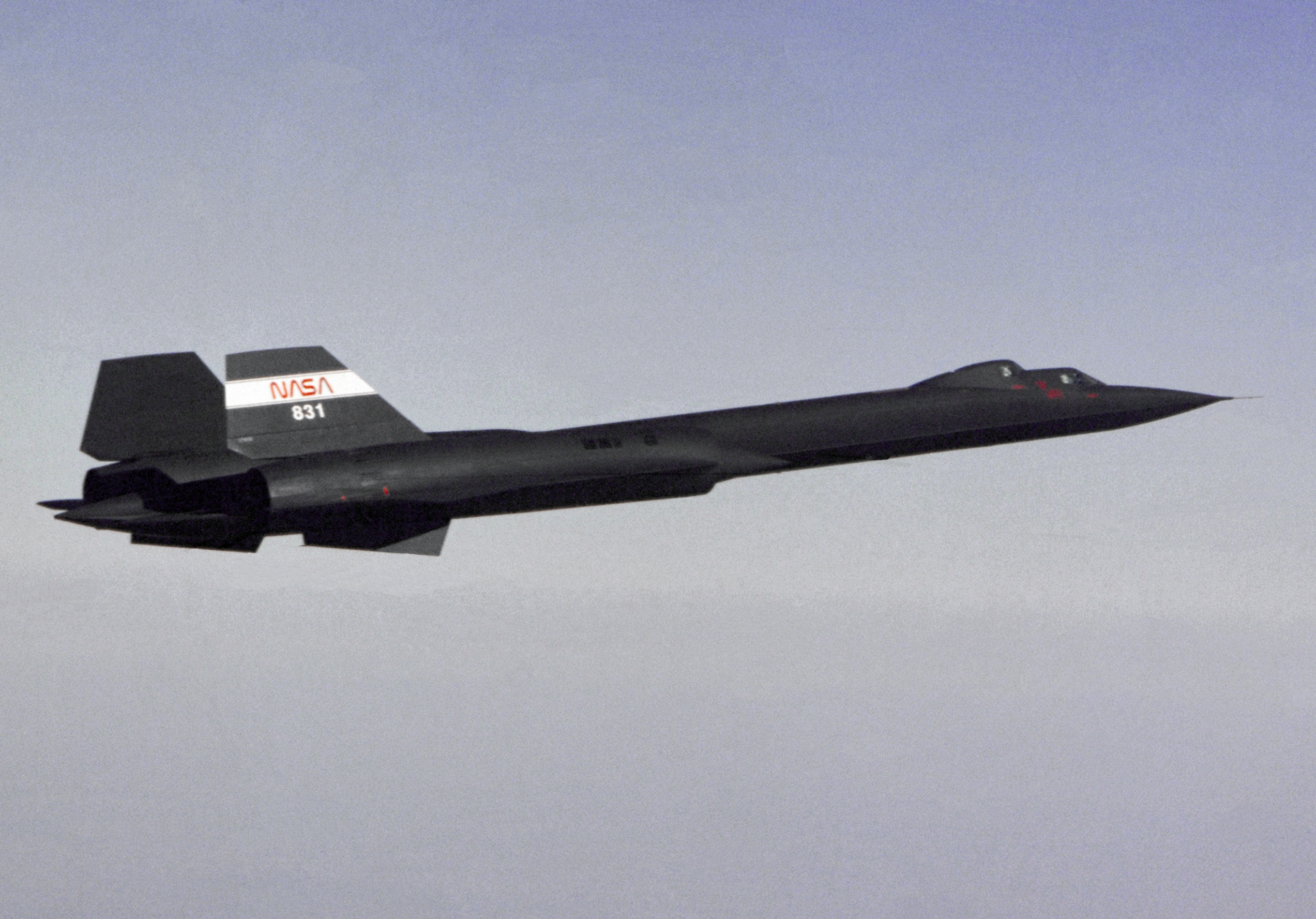 SR-71B_NASA_in_flight_1991.jpg