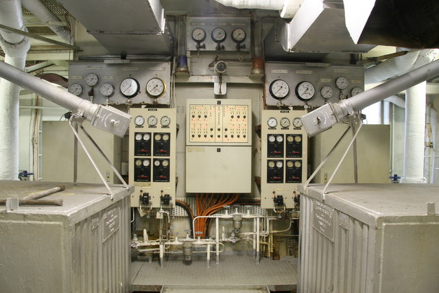 File:SS Margaret Hill - boiler control position - Geograph-4261304-by-Chris Allen.jpg