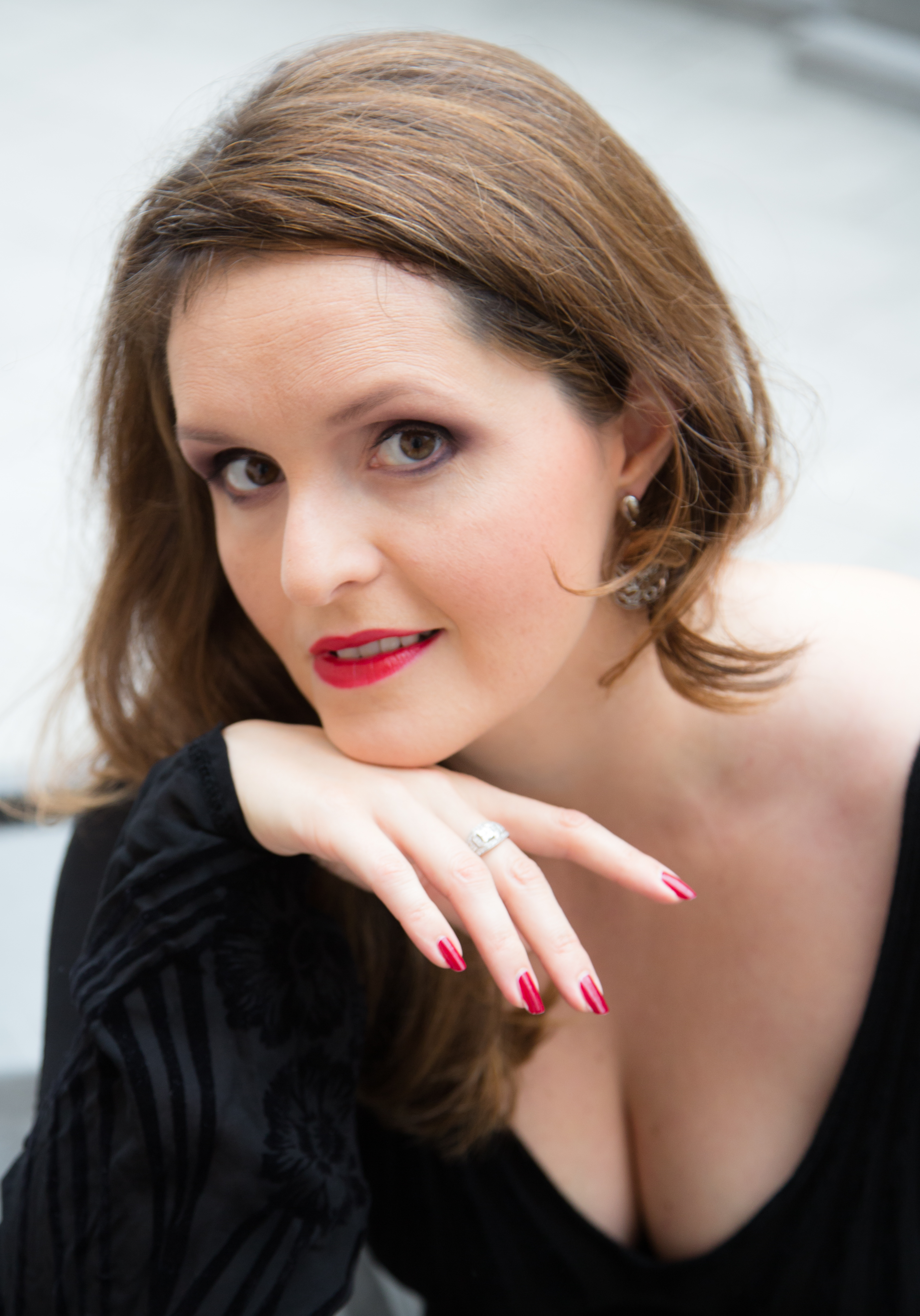 Sandra Orlow Pictures and Videos - PeachyForum