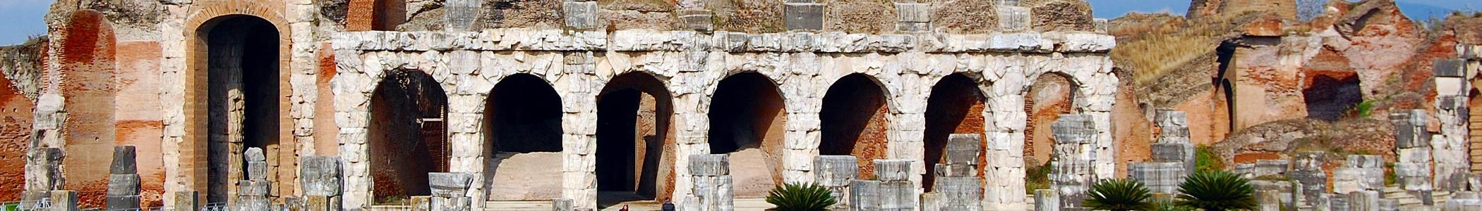 Santa maria capua vetere wikivoyage guida turistica di - Piscina santa maria capua vetere ...