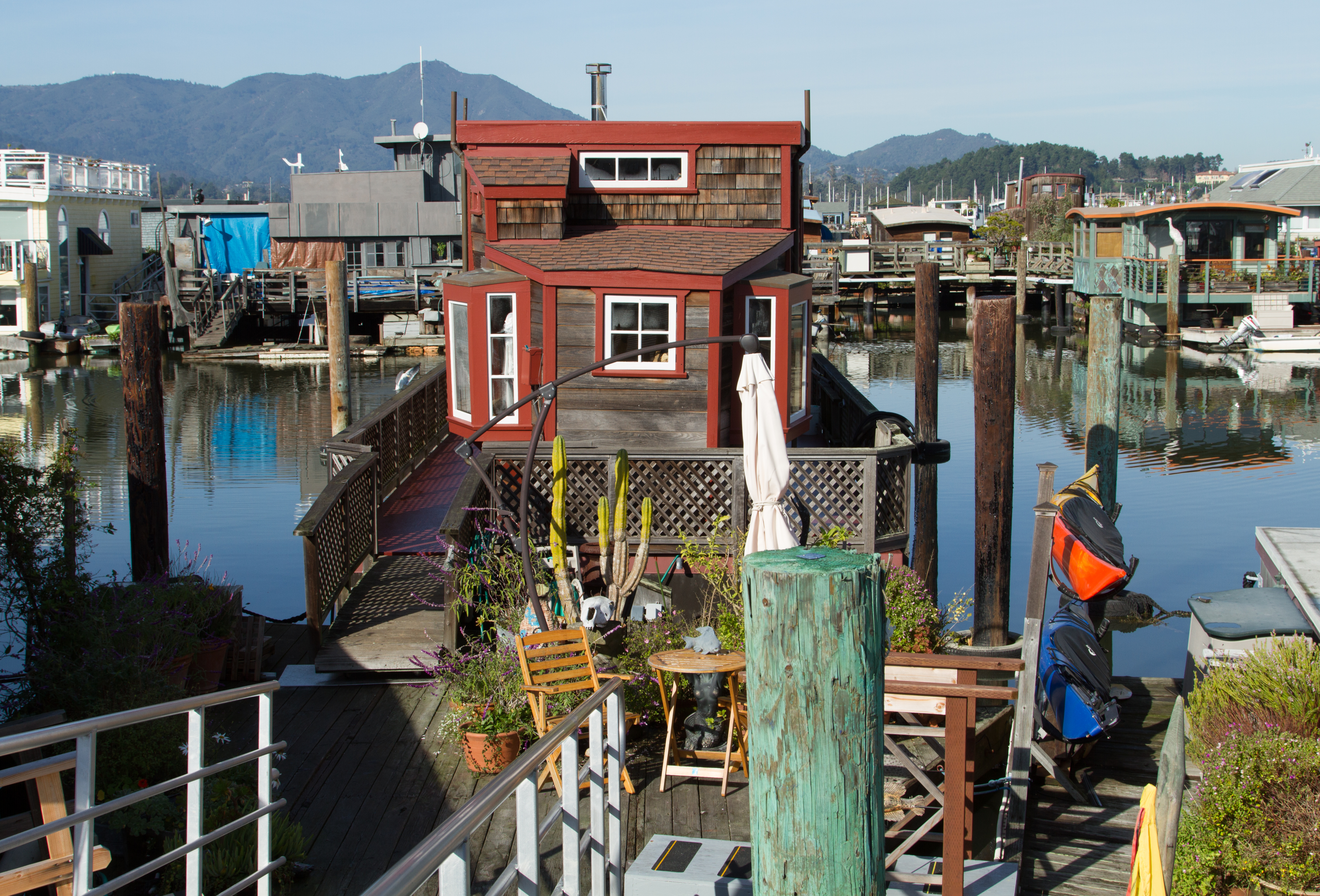 Sausalito Houseboat Tours