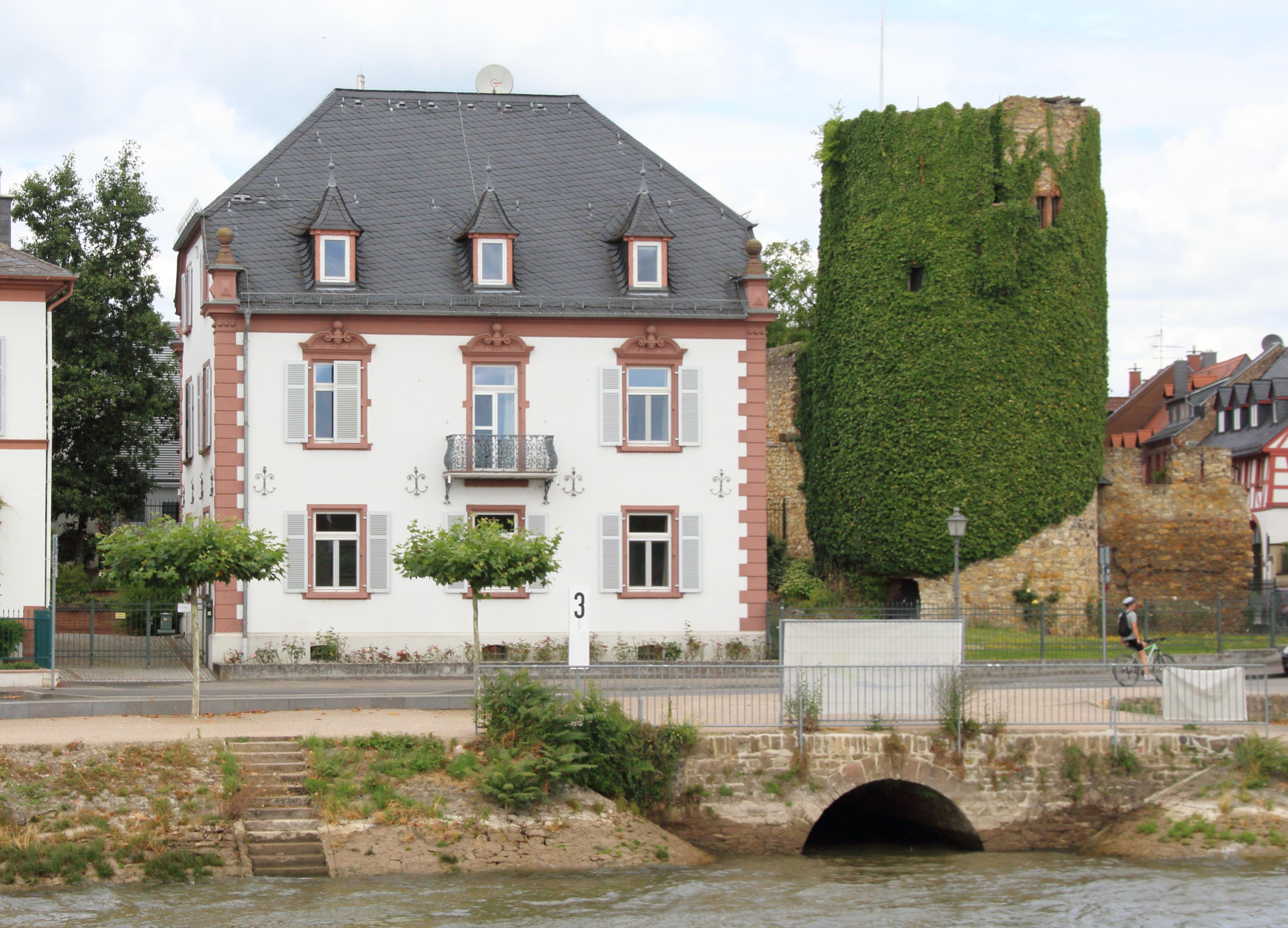 File:Sebastianstum Villa Josef-Hölzner-Str 2 Eltville am Rhein.jpg ...
