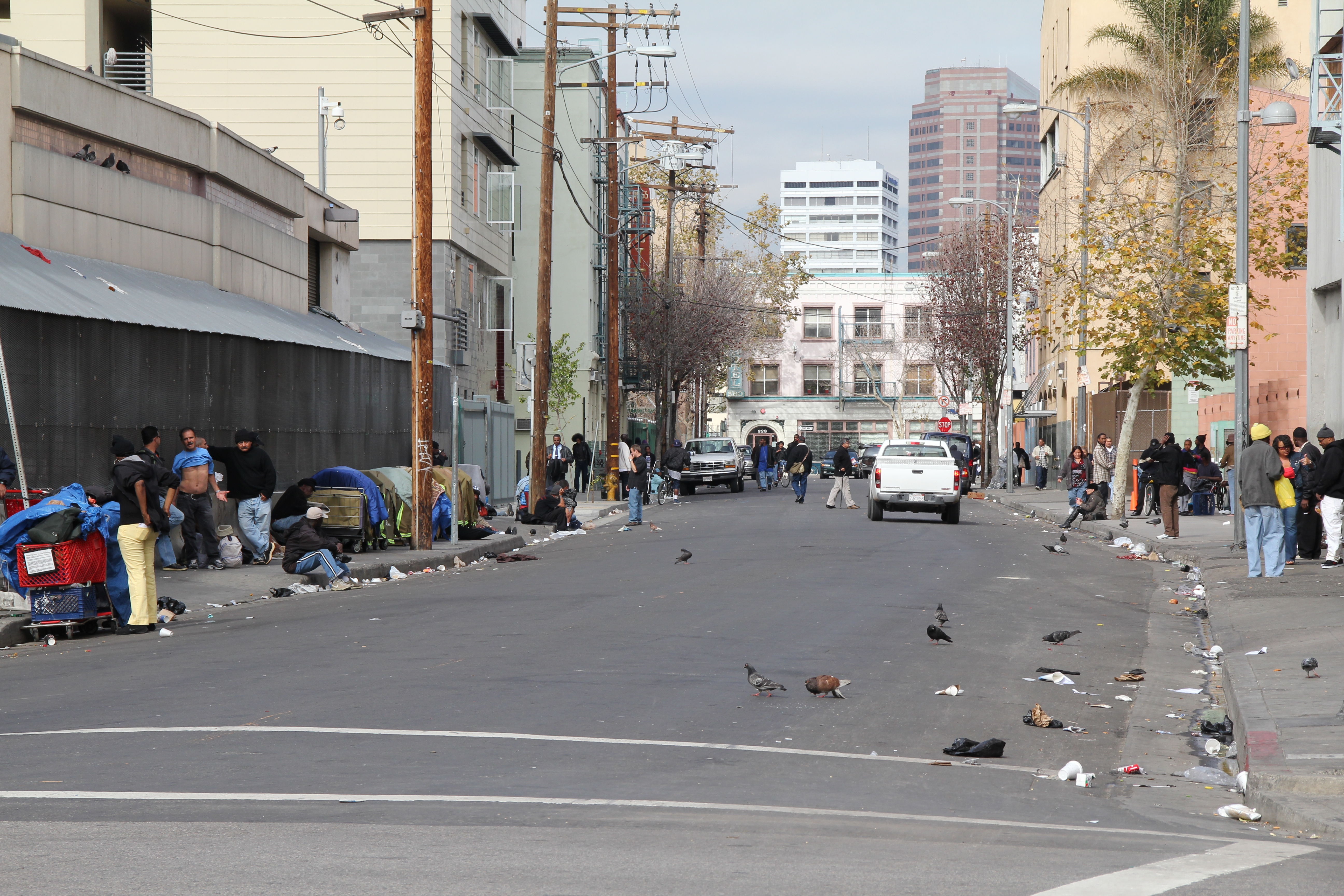 File:Skid Row, Downtown Los Angeles, California USA ...