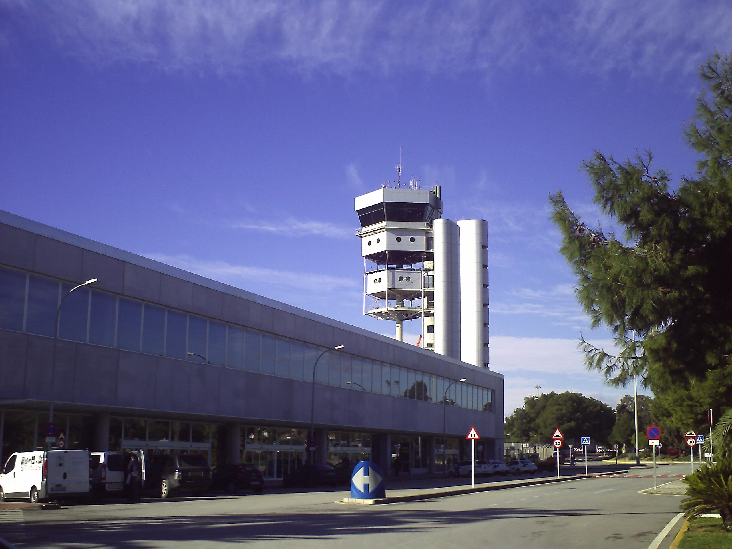 Aeroporto Alicante : File t aeropuerto alicante g wikimedia commons