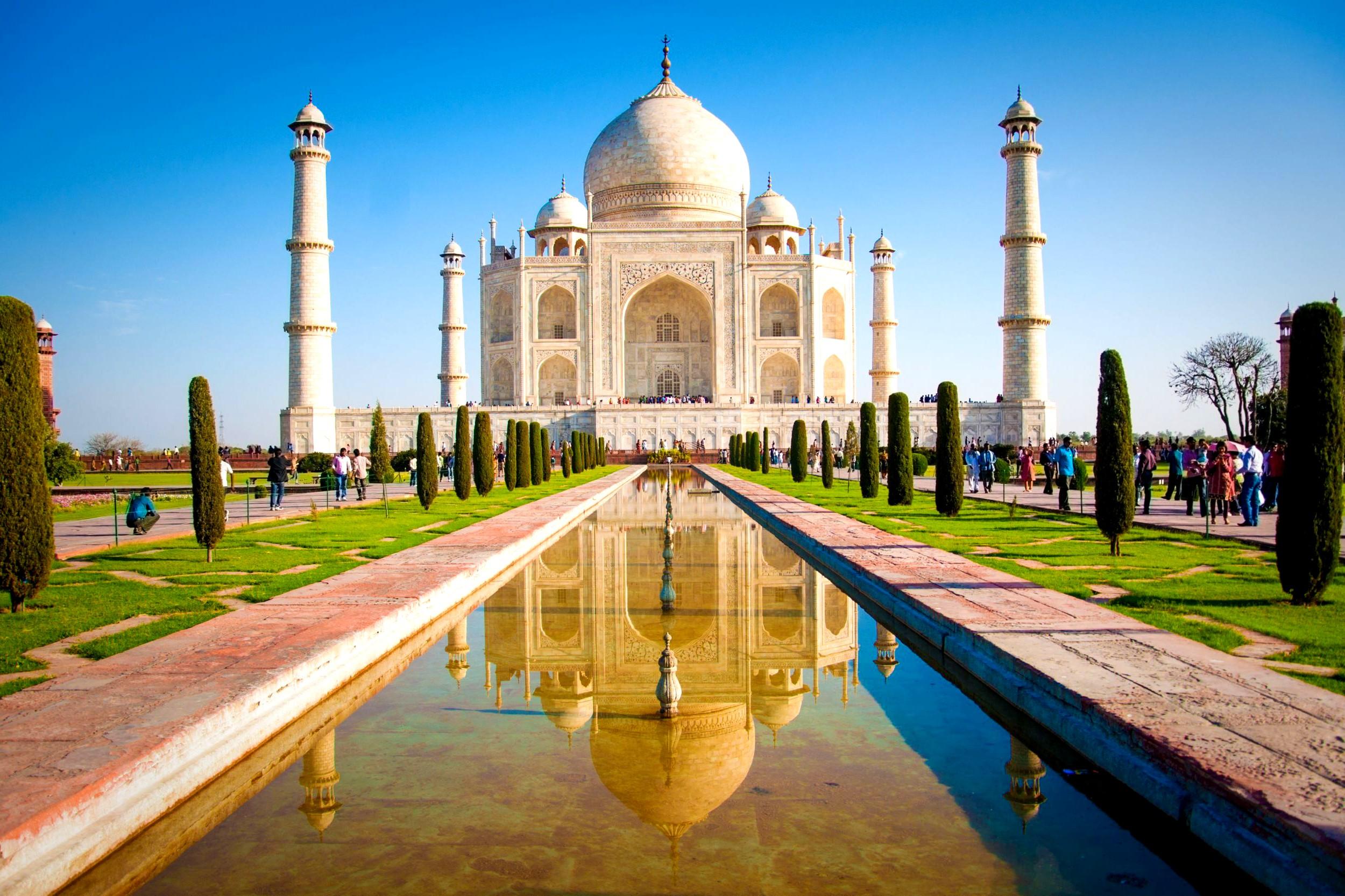 File:Taj-Mahal.jpg - Wikimedia Commons