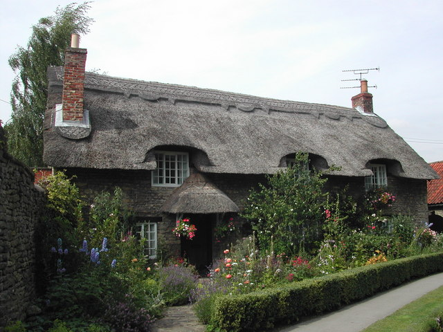Thatched Cottage, Thornton-le-Dale - geograph.org.uk - 406551