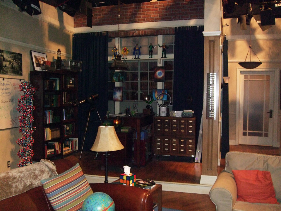 File The Big Bang Theory Apartment 4a 5020600302 Jpg Wikimedia Commons