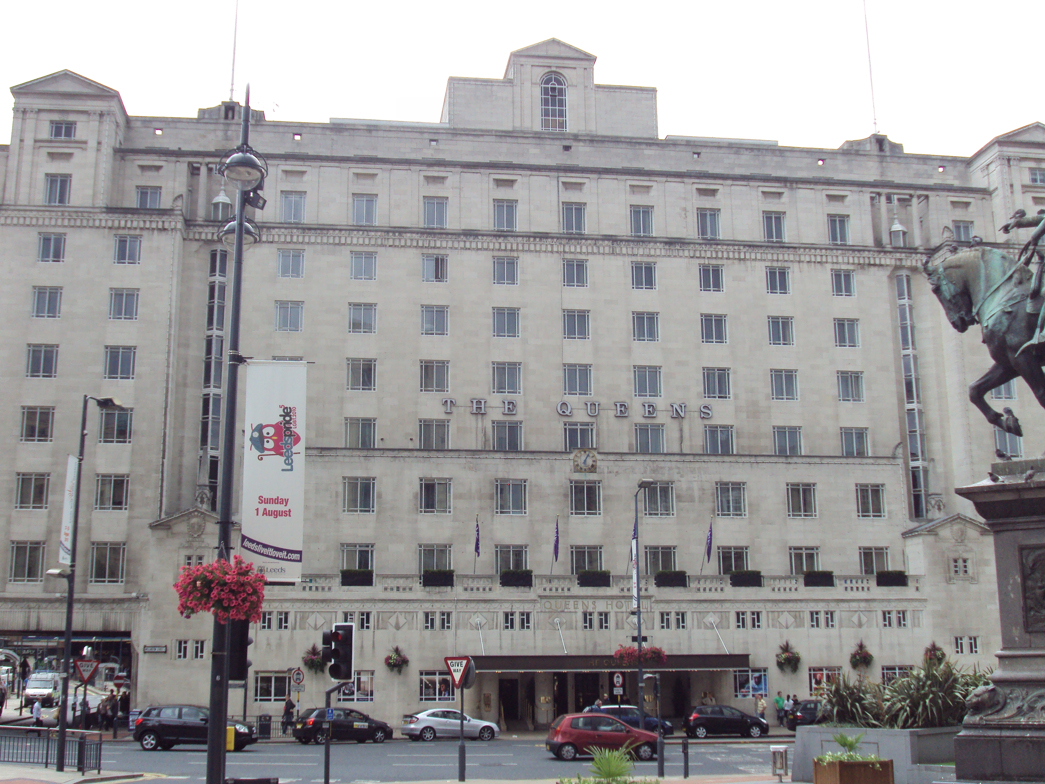 The Queens Hotel City Square Leeds
