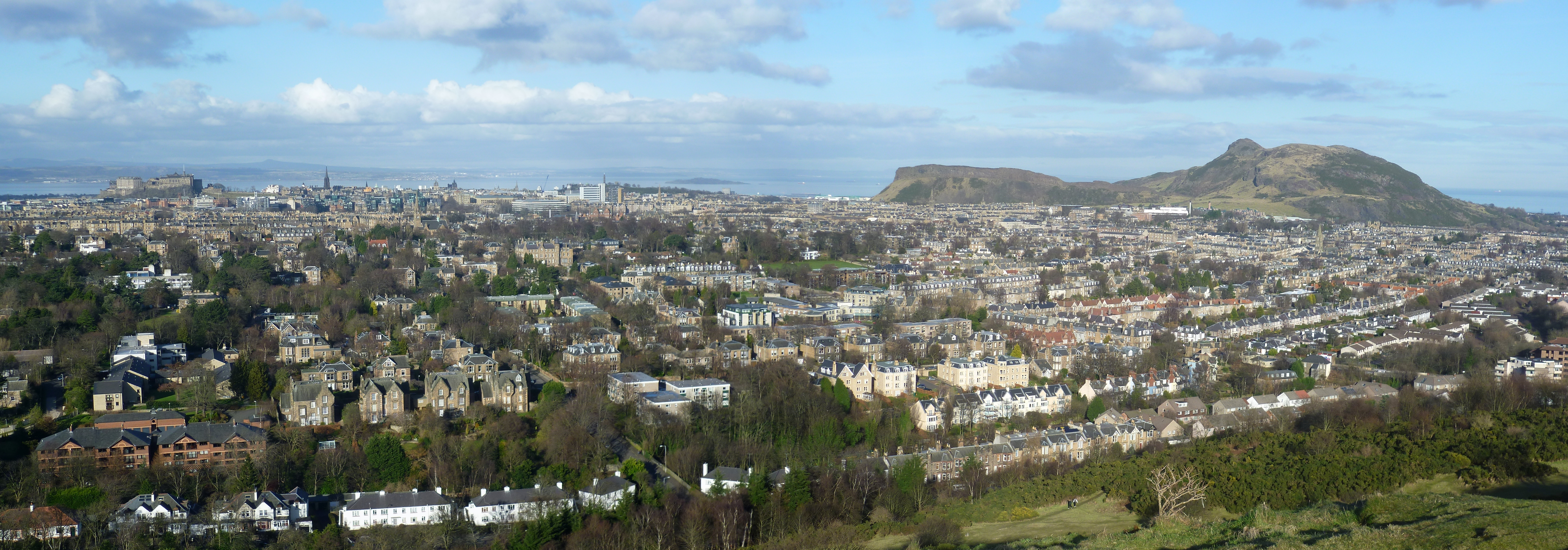 View_of_Edinburgh_from_Blackford_Hill_2.