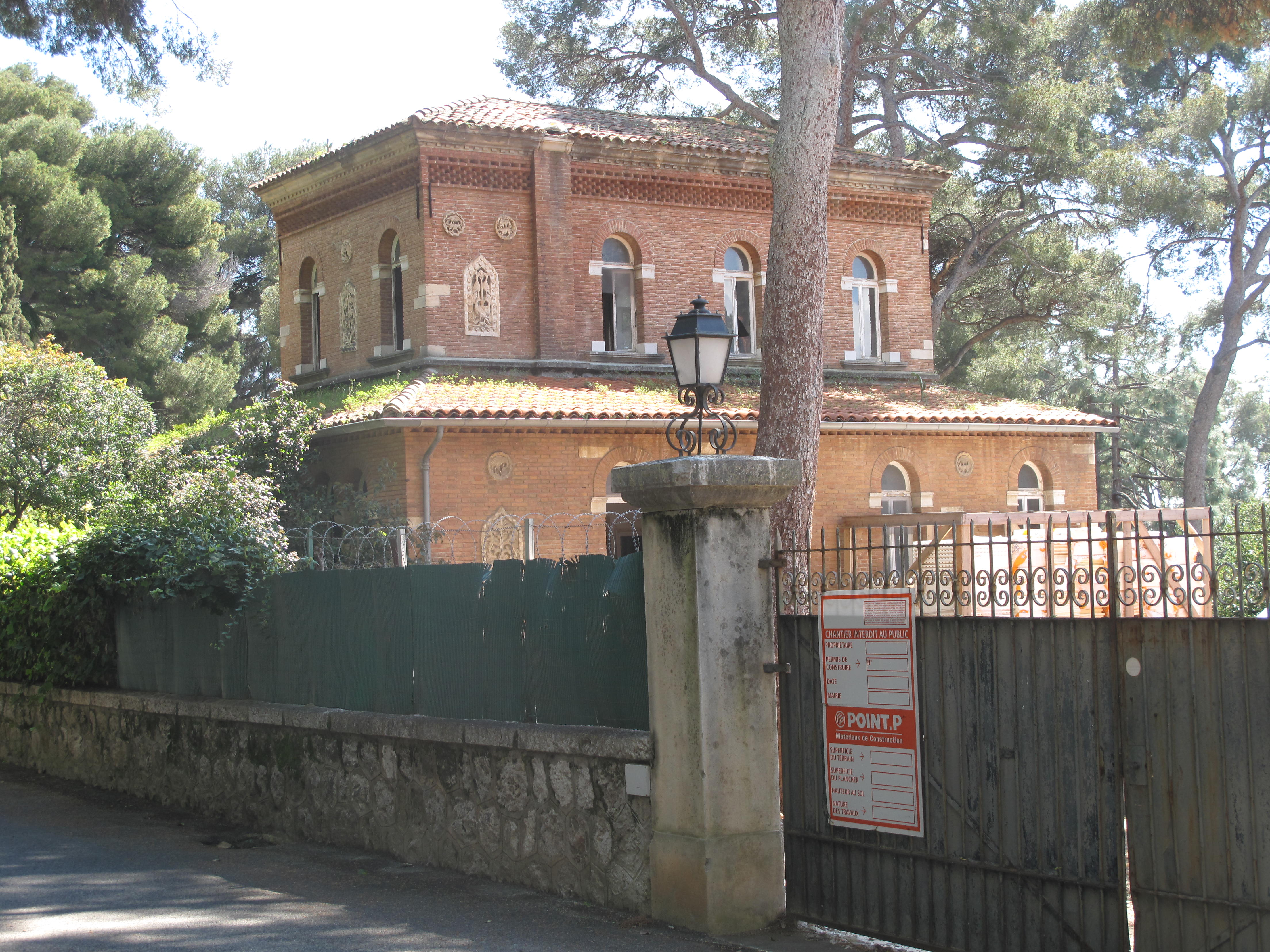 File:Villa Cypris (annex) jpg - Wikimedia Commons