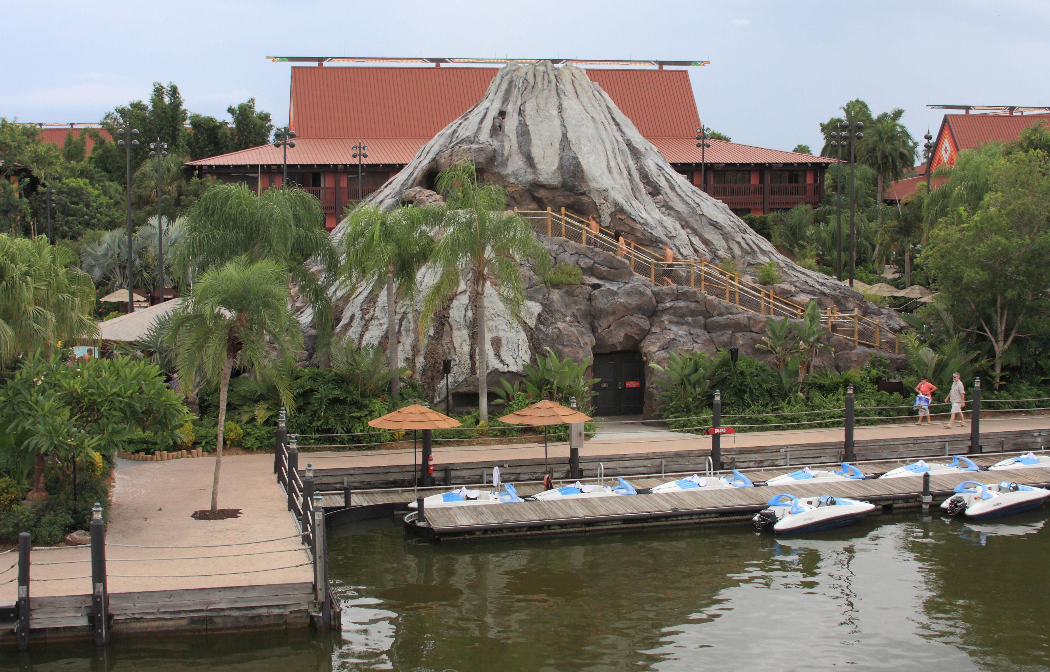 Disney polynesian boats discount passholder