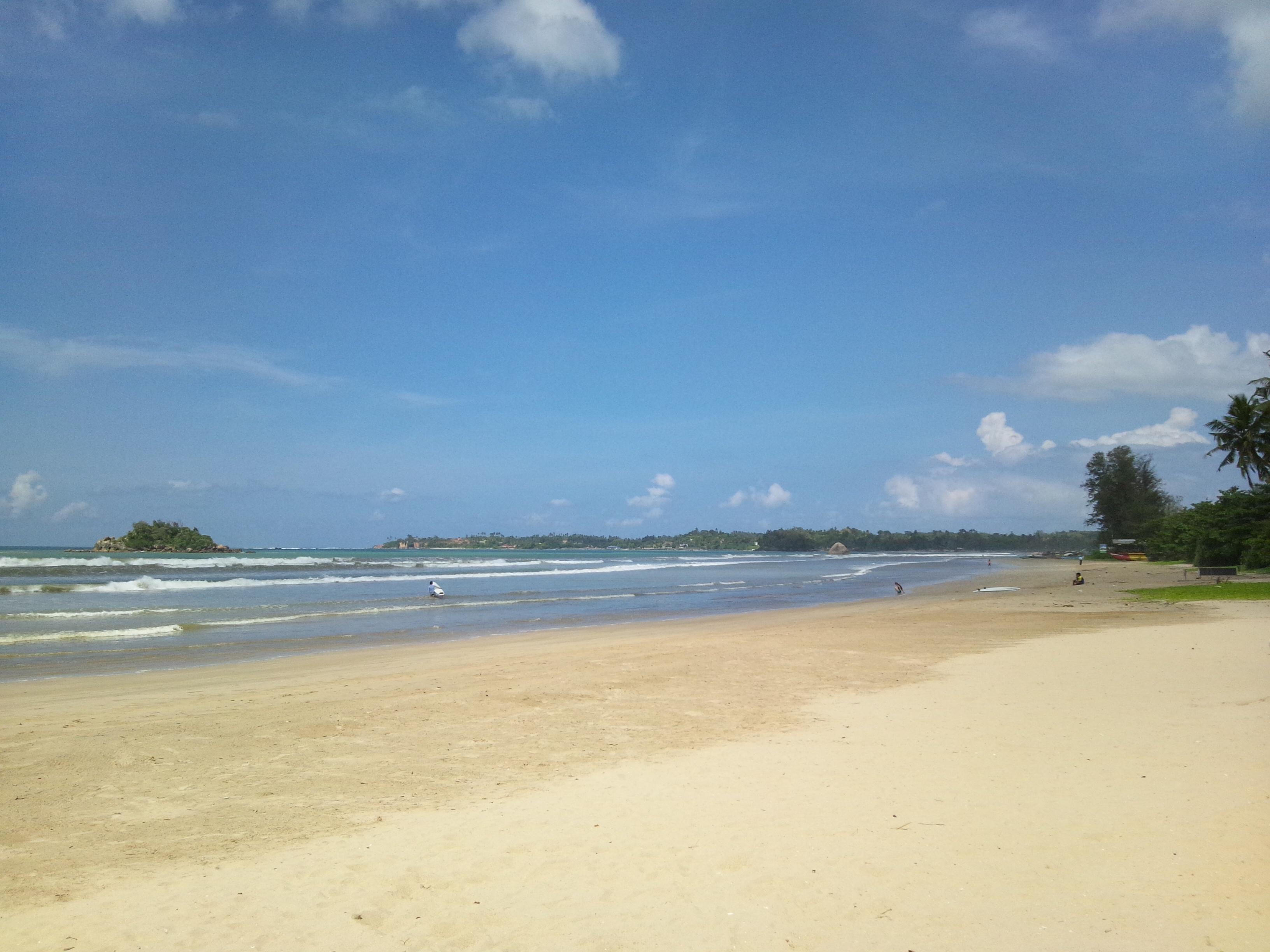 Weligama Sri Lanka  city pictures gallery : Weligama Beach in Sri Lanka Wikimedia Commons