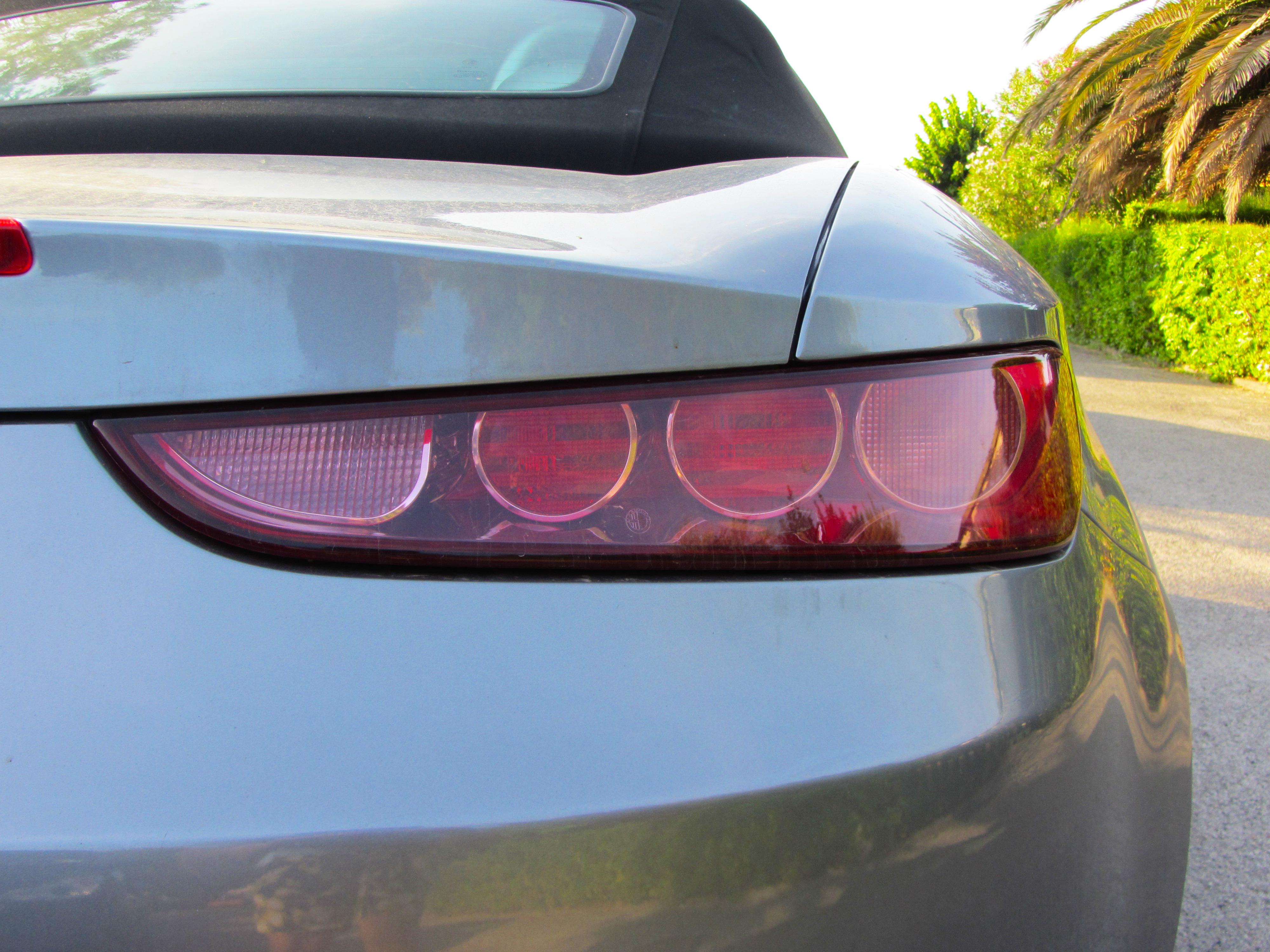 File11 08 07 Alfa Romeo Spider 2006 In Porto Recanati Rear Lights Tail