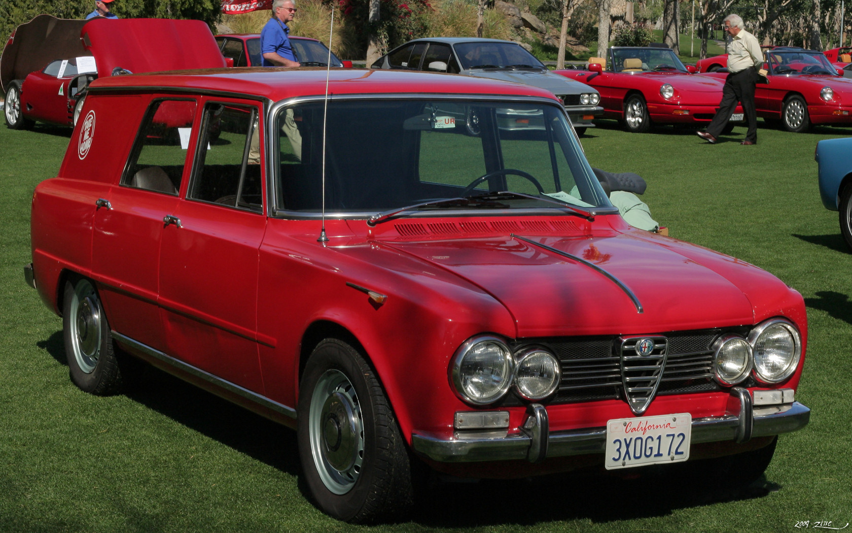 file 1967 alfa romeo giulia super giardinetta red wikimedia commons. Black Bedroom Furniture Sets. Home Design Ideas
